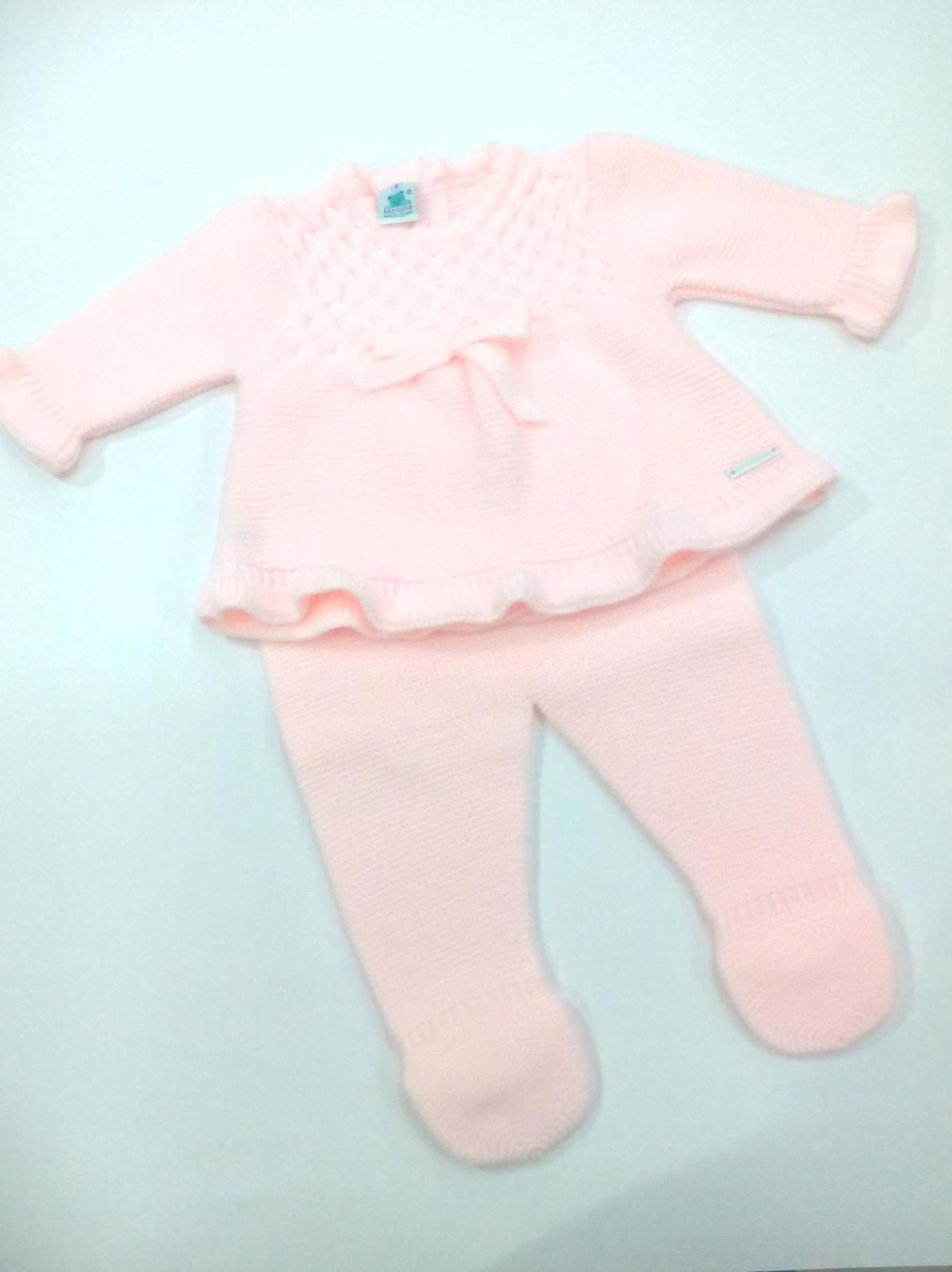 Conjunto de bebé en rosa de Pangasa