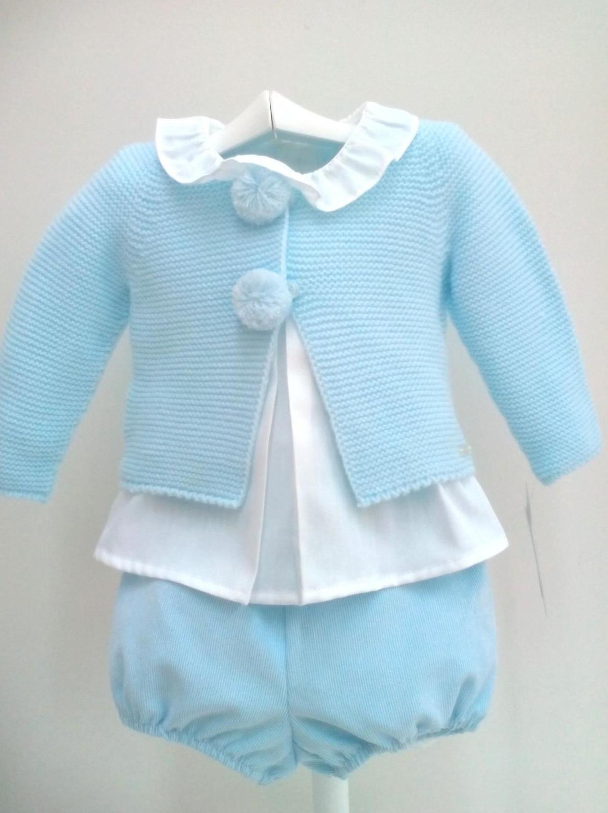 Conjunto de niño en azul tres piezas de Yoedu