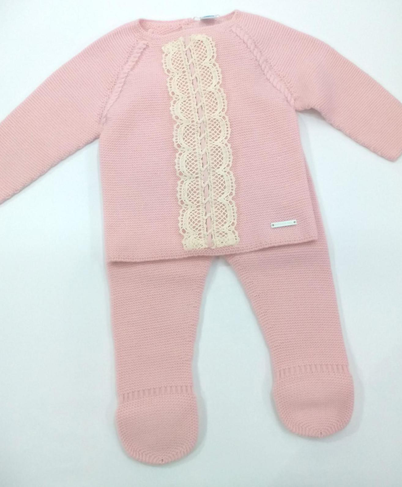 Conjunto de niña de canastilla en rosa empolvado de Pangasa