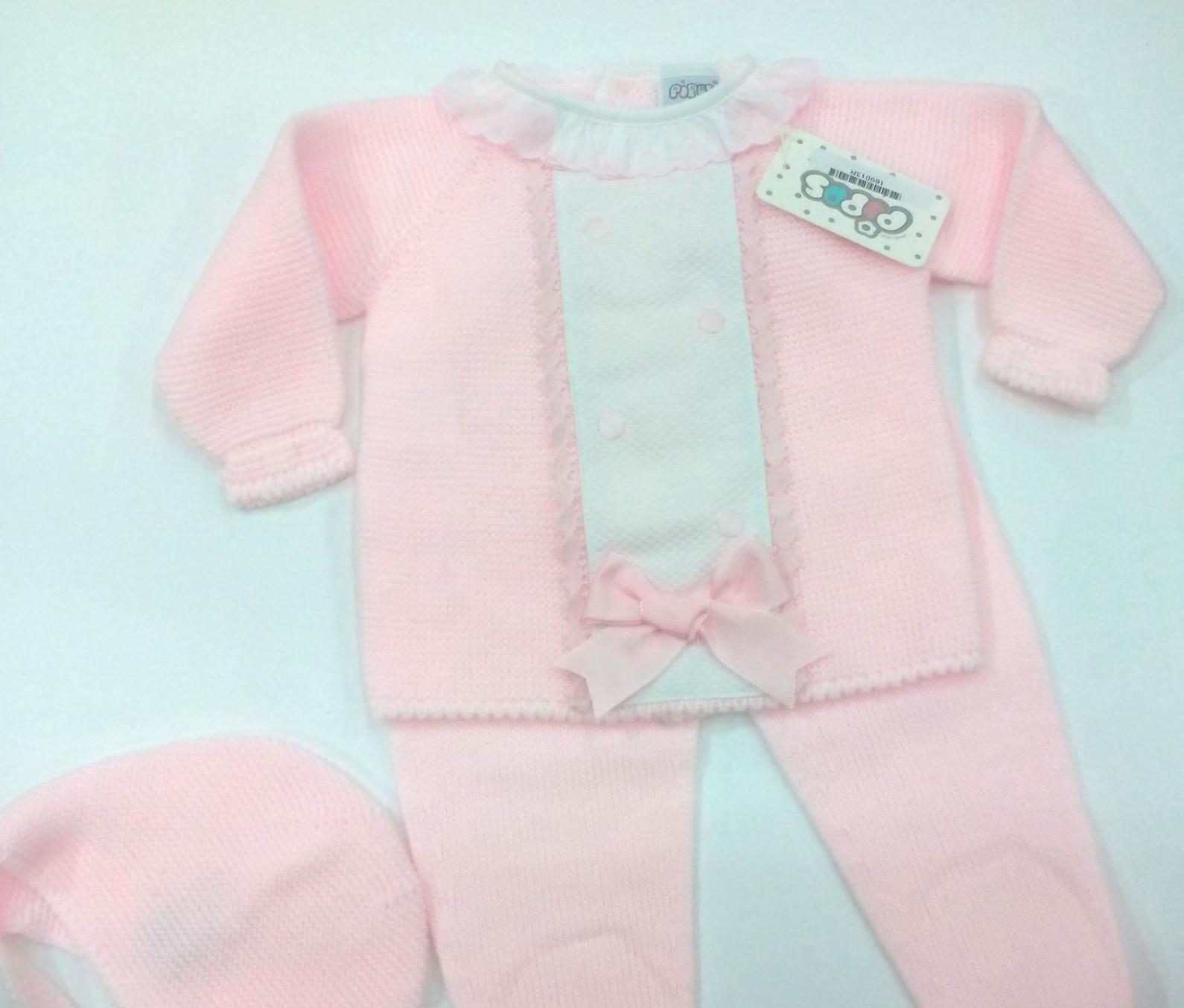 Conjunto de bebé rosa con capota de Pipos