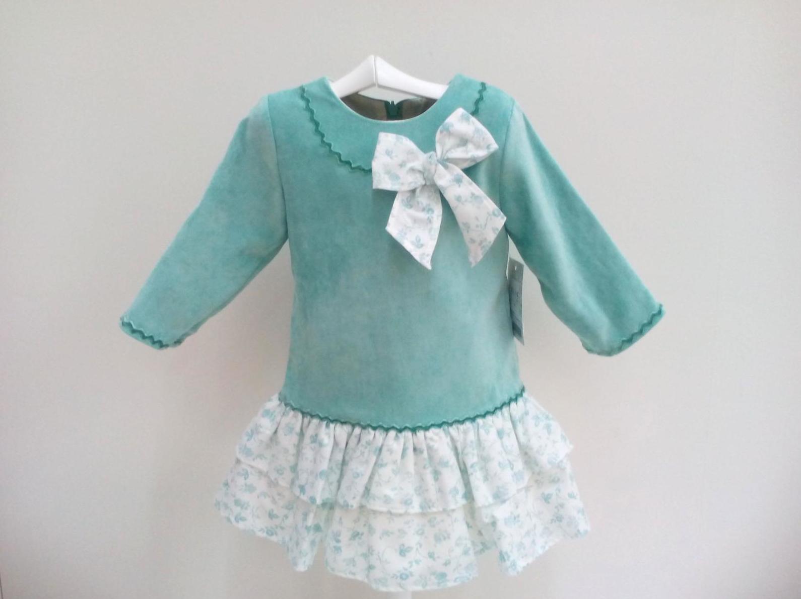 Vestido color verde agua de Creaciones Alves