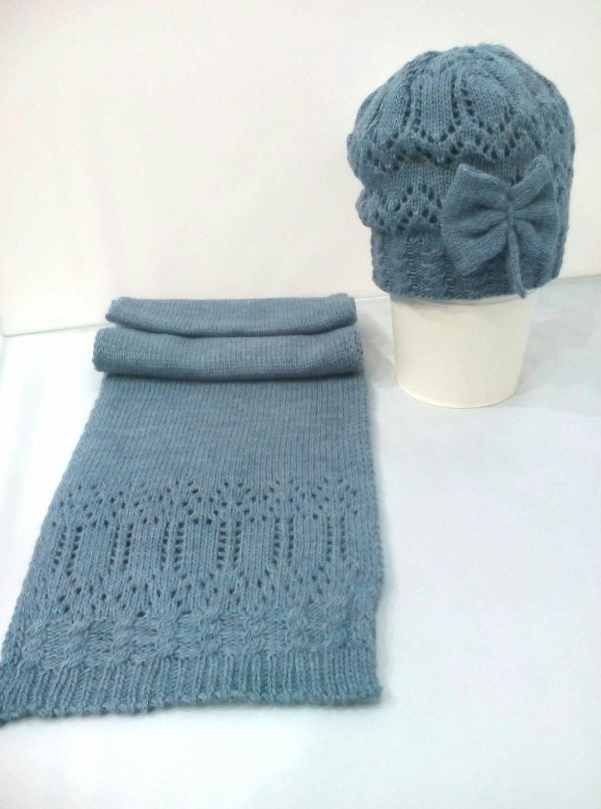 Conjunto de gorro y bufanda Lazo en azul empolvado