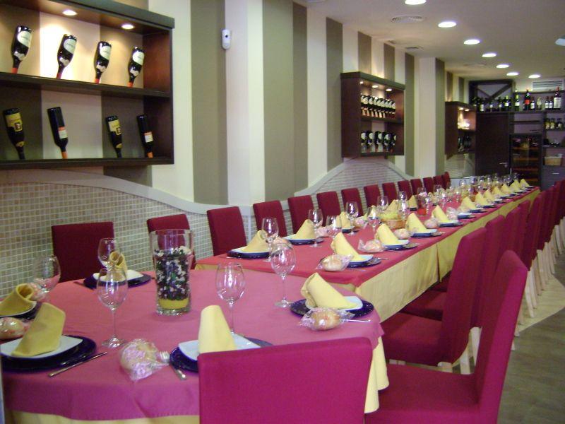 Foto 10 de Cocina castellano-leonesa en Sevilla   Bar La Pulchra
