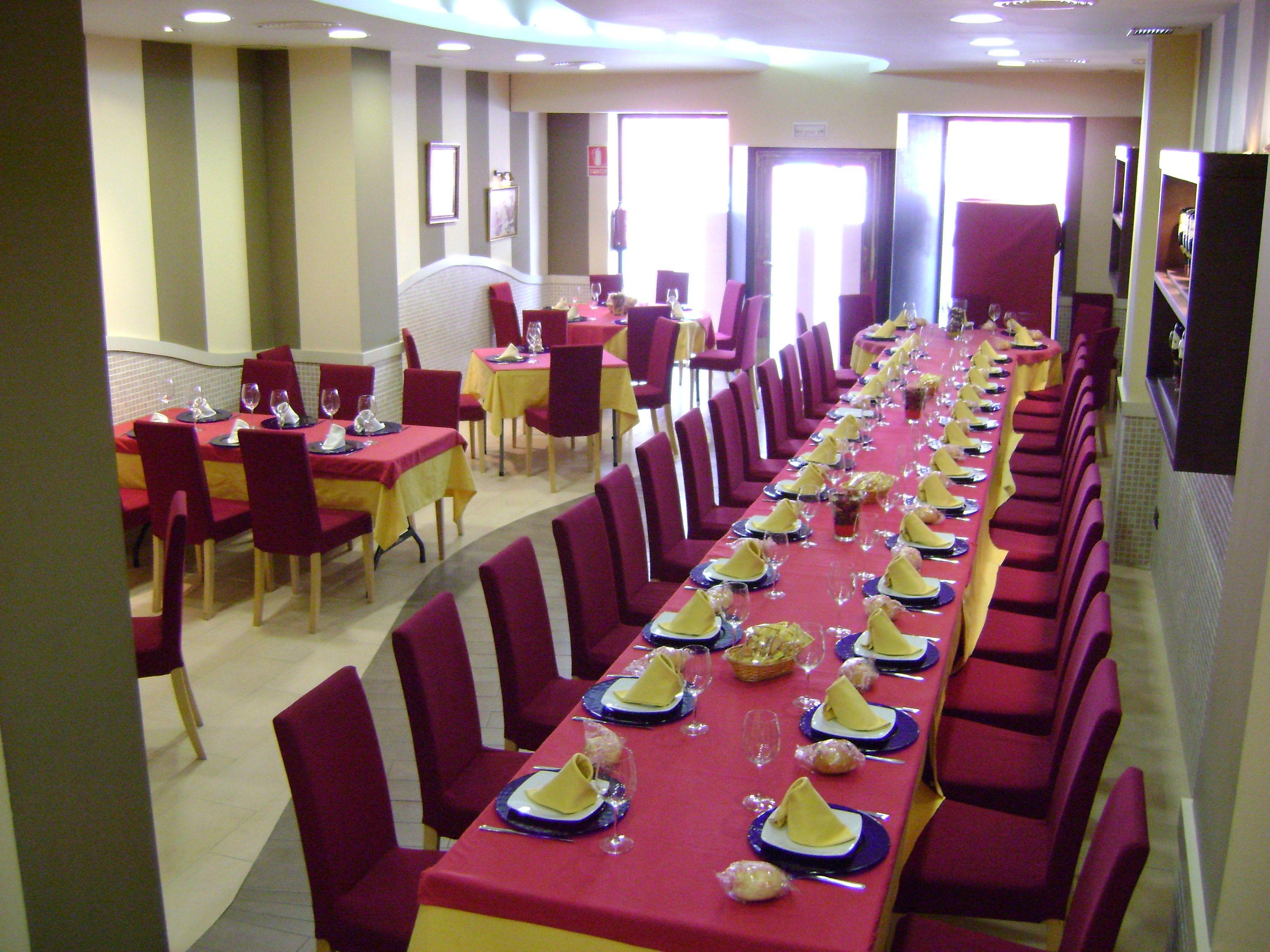 Foto 7 de Cocina castellano-leonesa en Sevilla | Bar La Pulchra