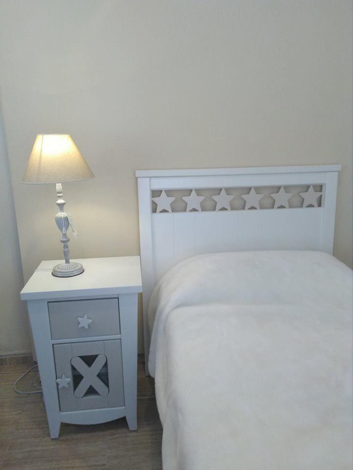 Dormitorio juvenil: Mobiliario de Jaume O. Grau Mobles