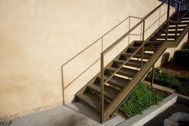 Escaleras: Productos de Carpintería Roberto Tavío