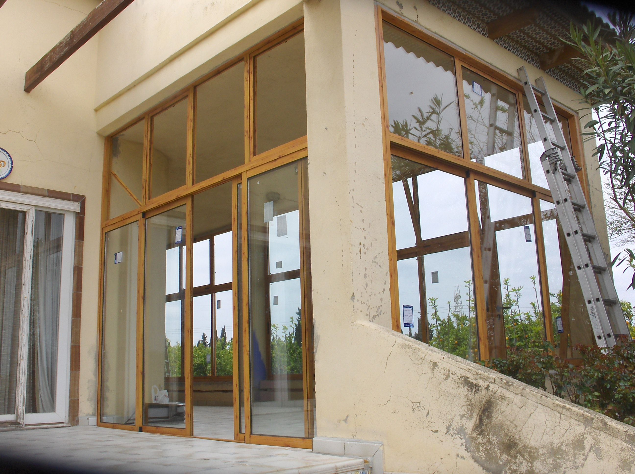 Cortinas de cristal, cerramiento de terrazas en aluminio...