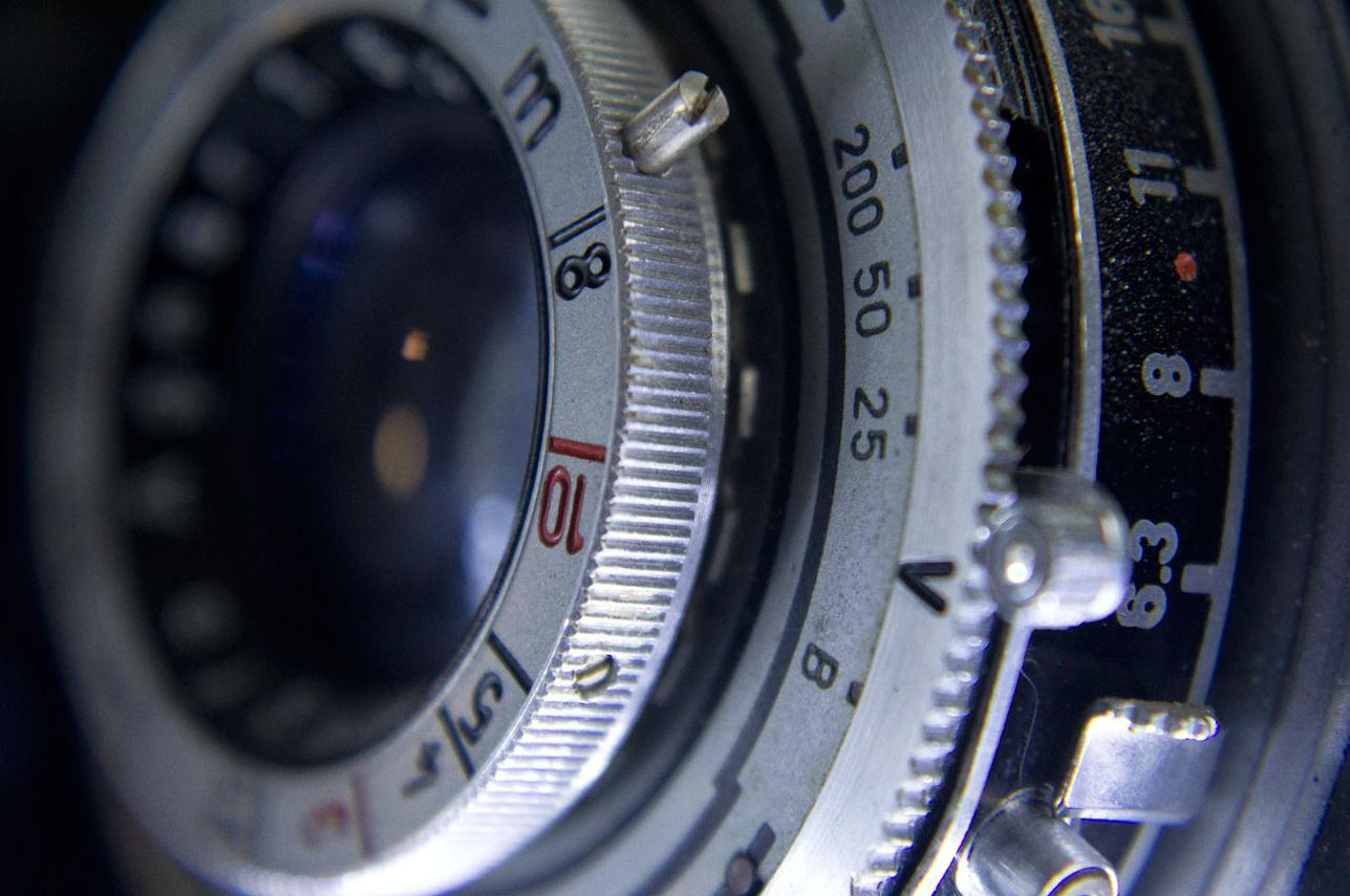 Técnicos especialistas en reparación de cámaras fotográficas