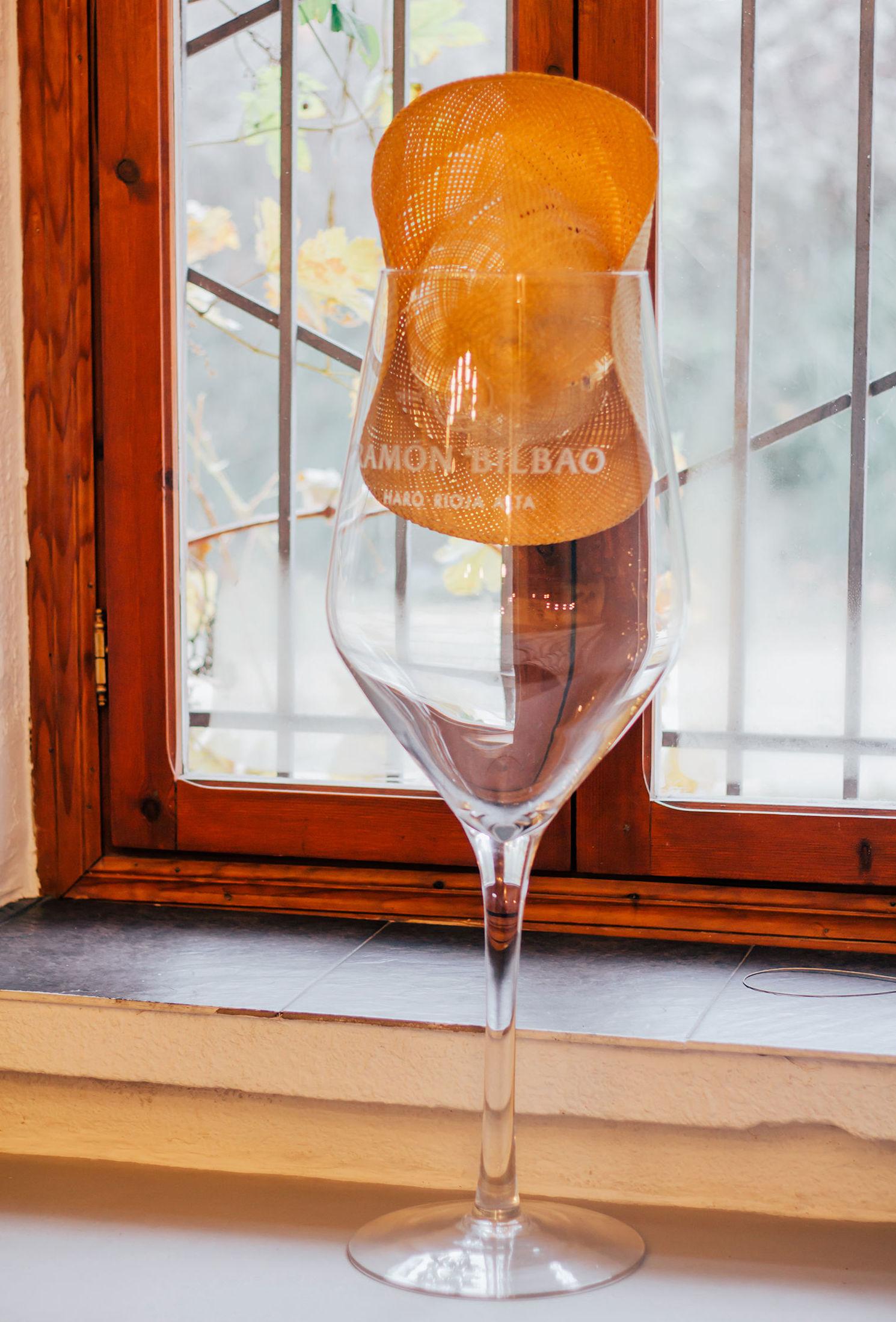 Restaurante con buenos vinos en el Valle de Tobalina