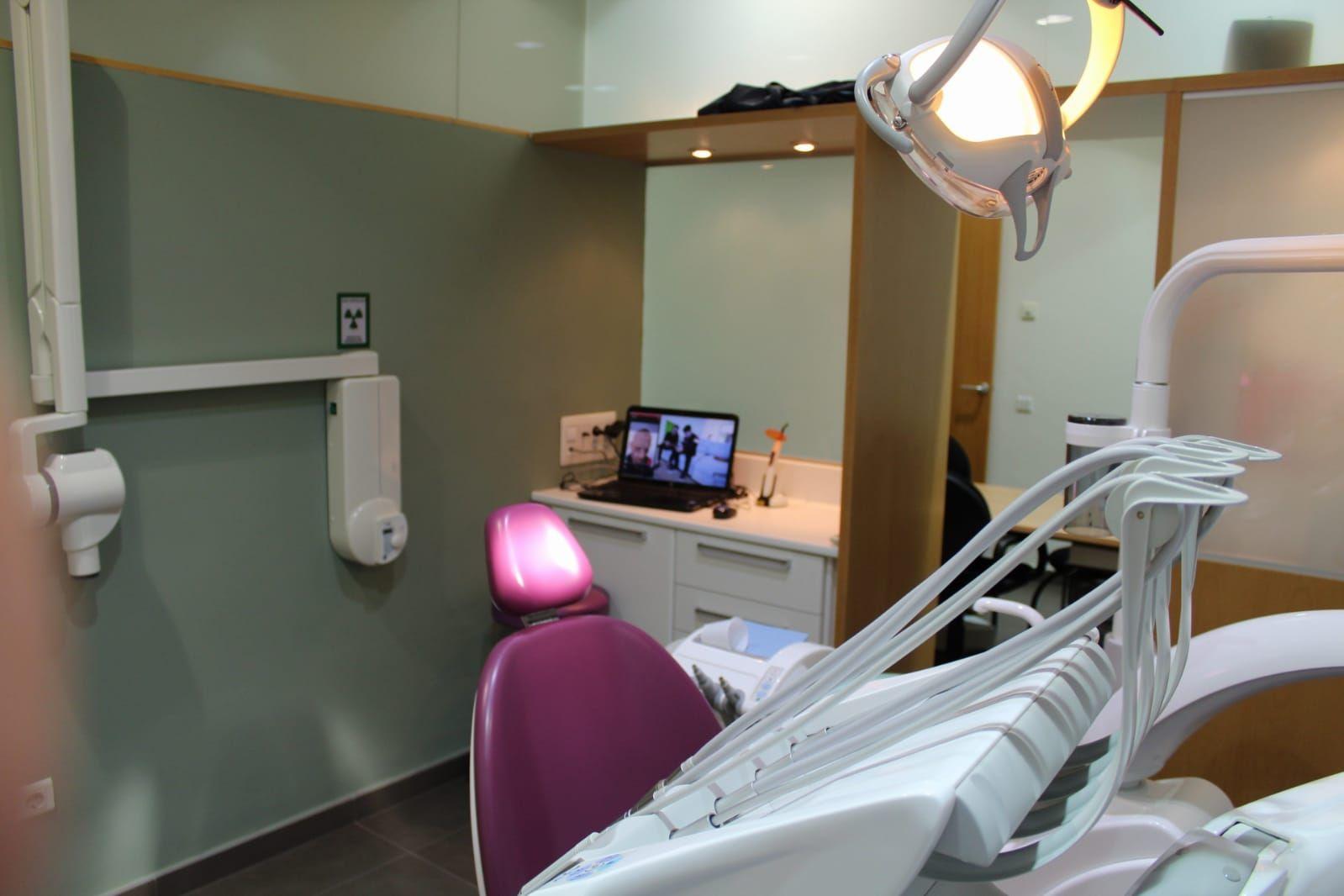 Foto 17 de Clínicas dentales en  | Centro Médico Díez Soto