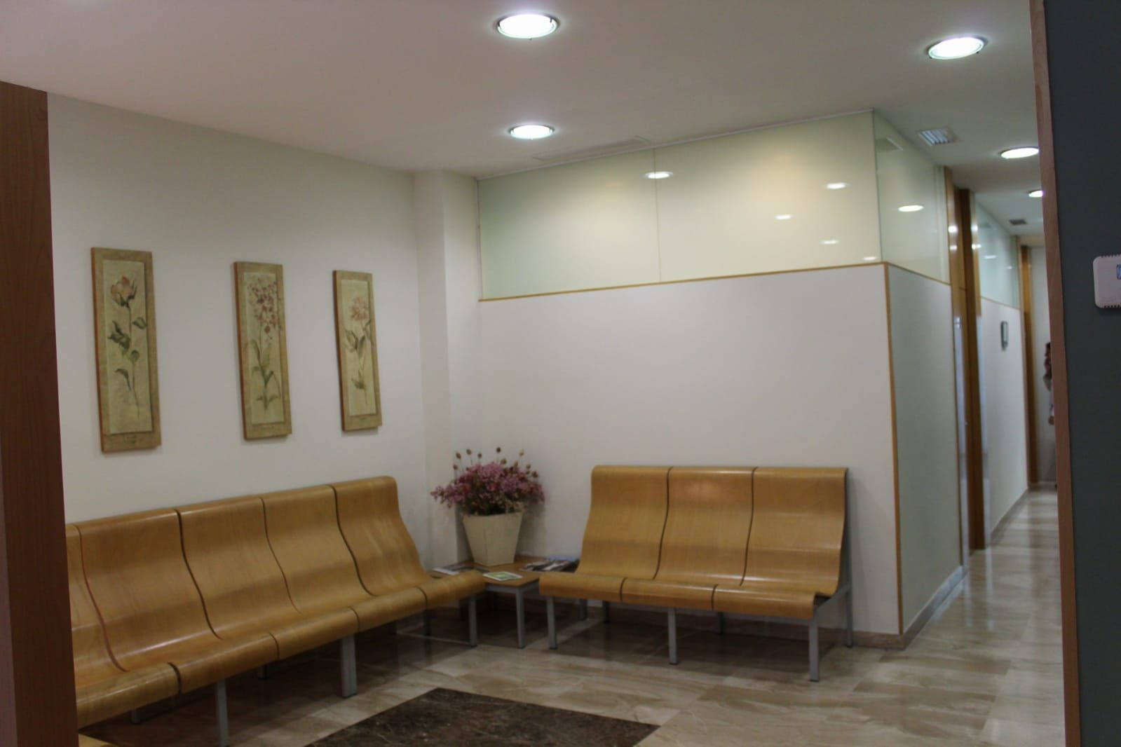 Foto 21 de Clínicas dentales en    Centro Médico Díez Soto