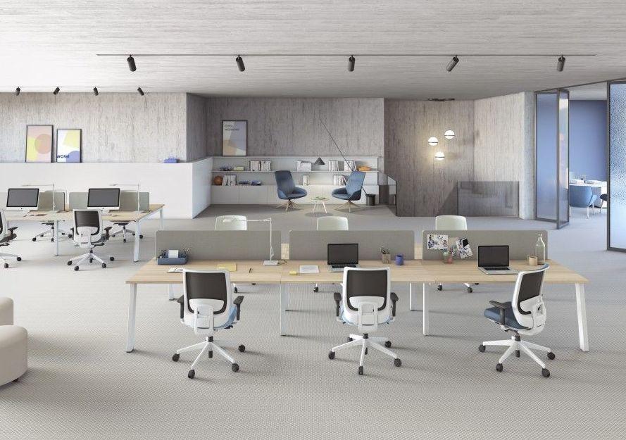 Foto 2 de Impresoras y mobiliario de oficina en  | Balmes Sistemas