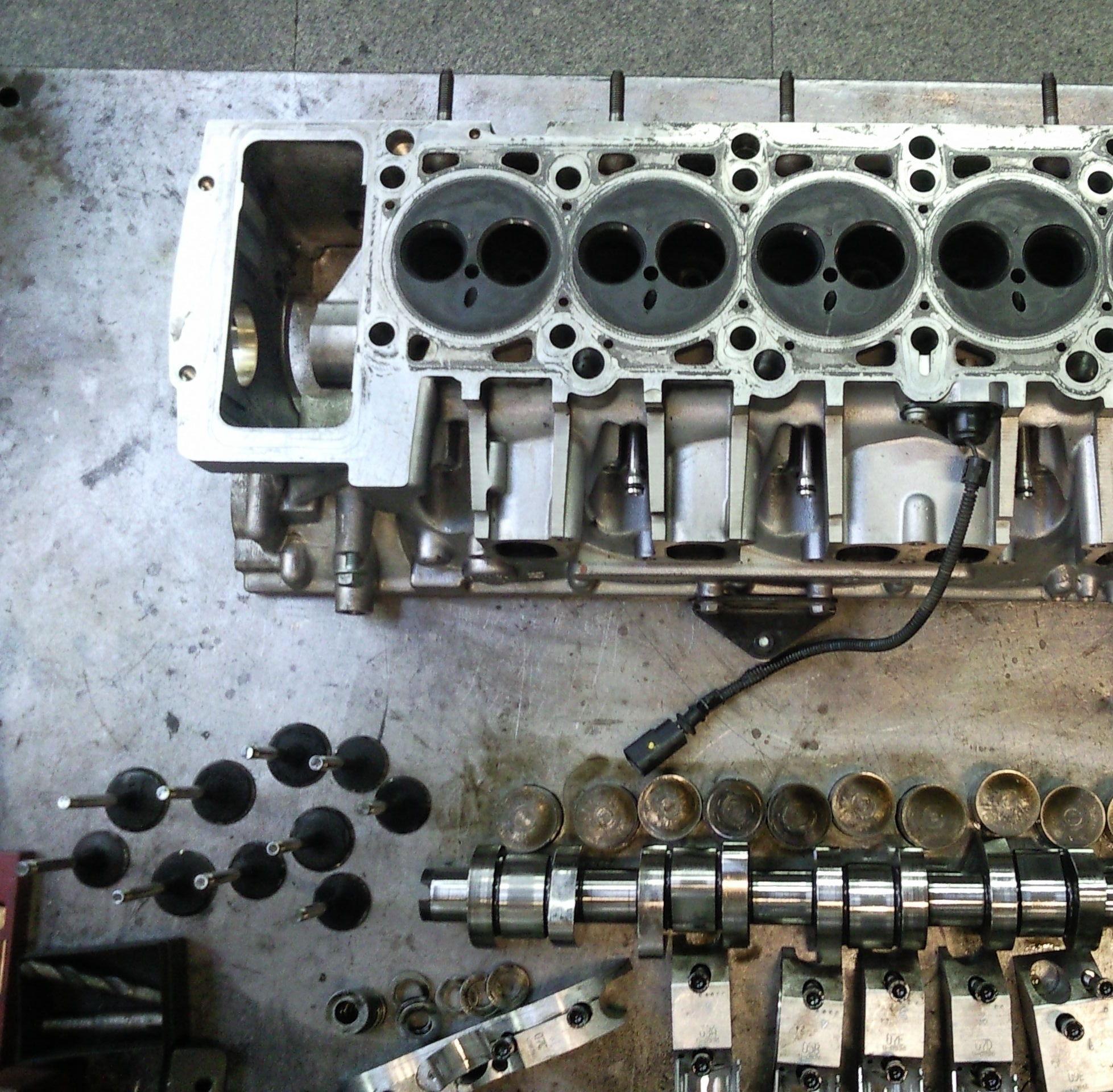 Verificación y reparación de culatas de motores