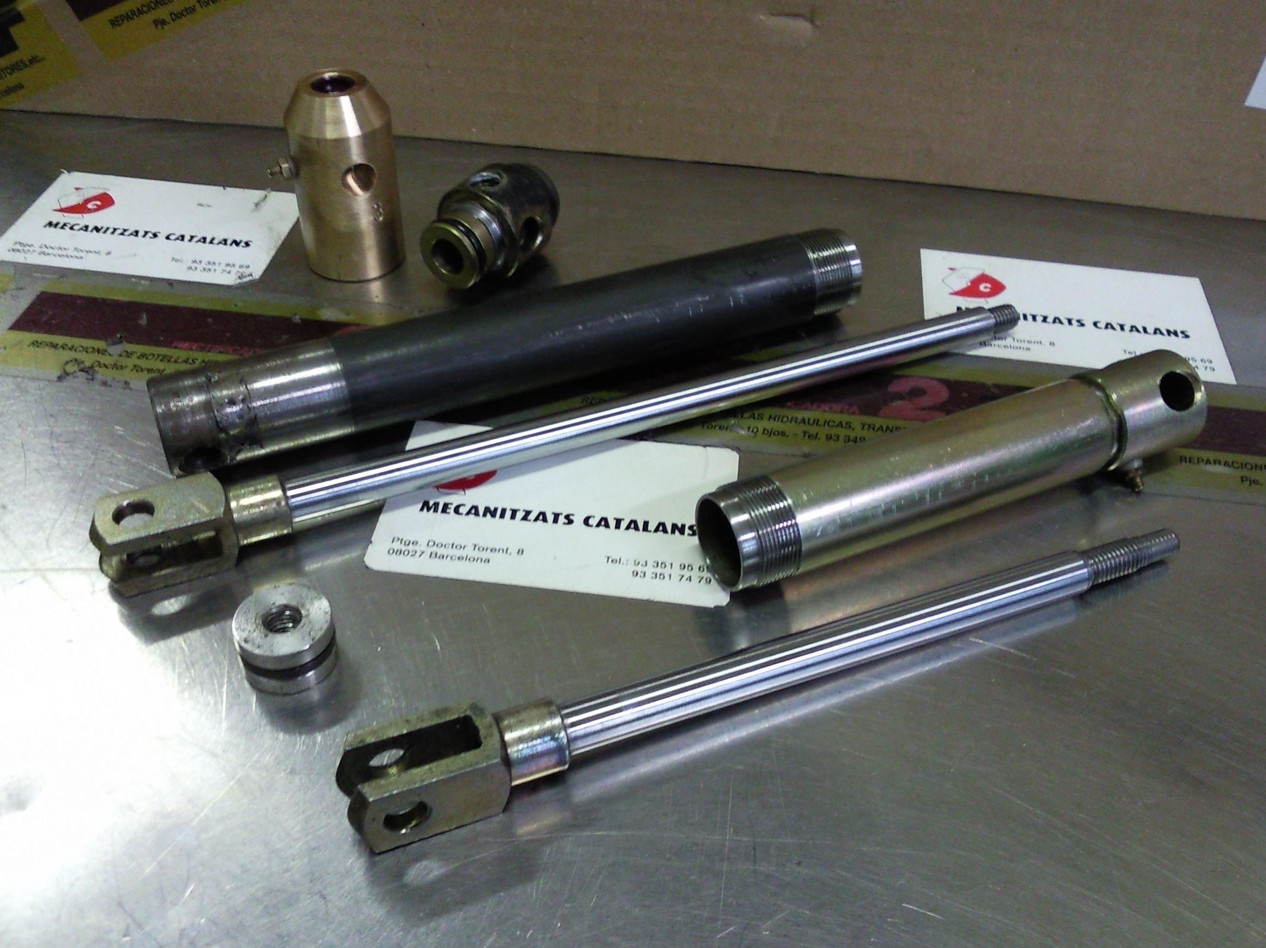 Reparacion y modificacion de un hidraulico blindado , para su posterior reparacion y mantenimiento.