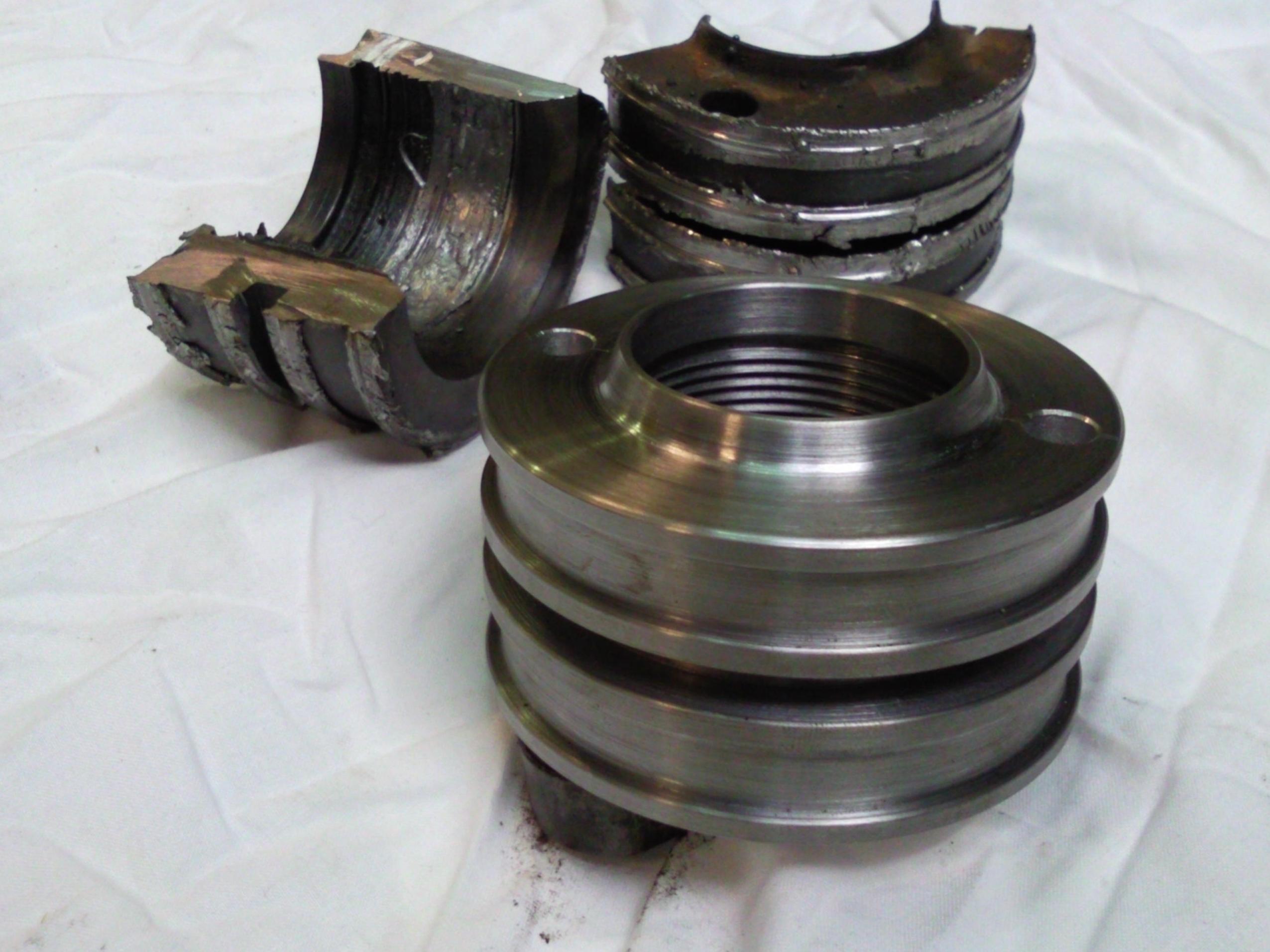 Detalle de construcción de pistón hidráulico