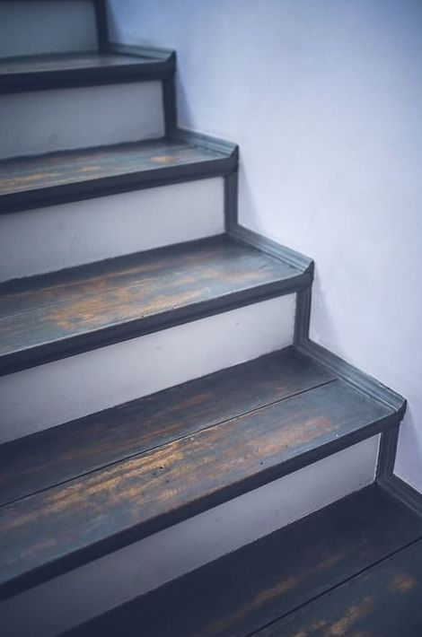 Luces de escaleras, fijas : Servicios de Electricidad Julio Hijo