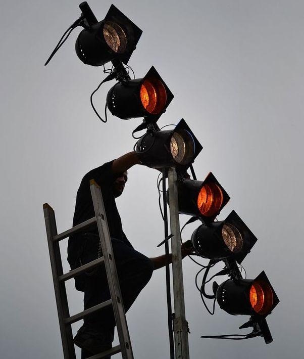 Mantenimiento de comunidades : Servicios de Electricidad Julio Hijo