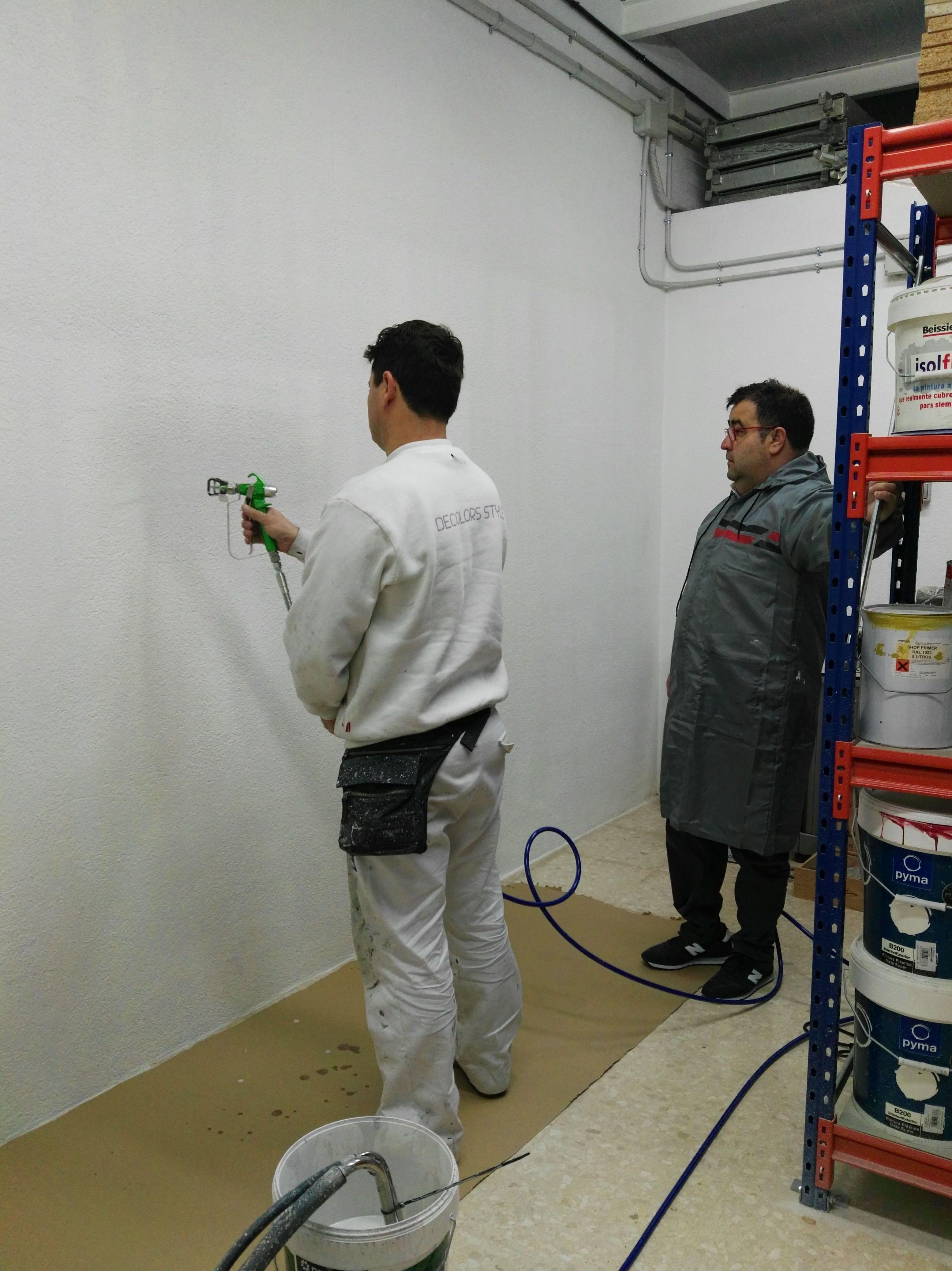Foto 172 de Expertos en el sector de la pintura en Barcelona | Decolors Style