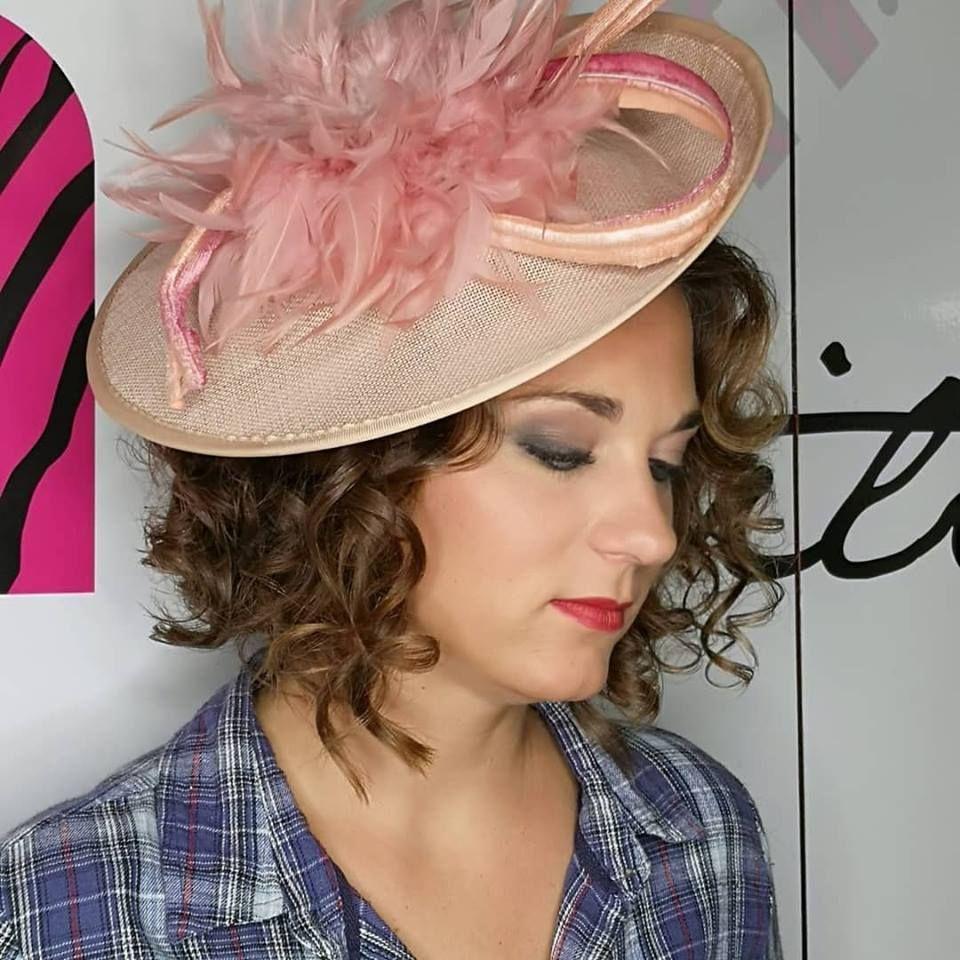 Maquillaje: Peluquería y Estética de ALMA BY MADRIGAL