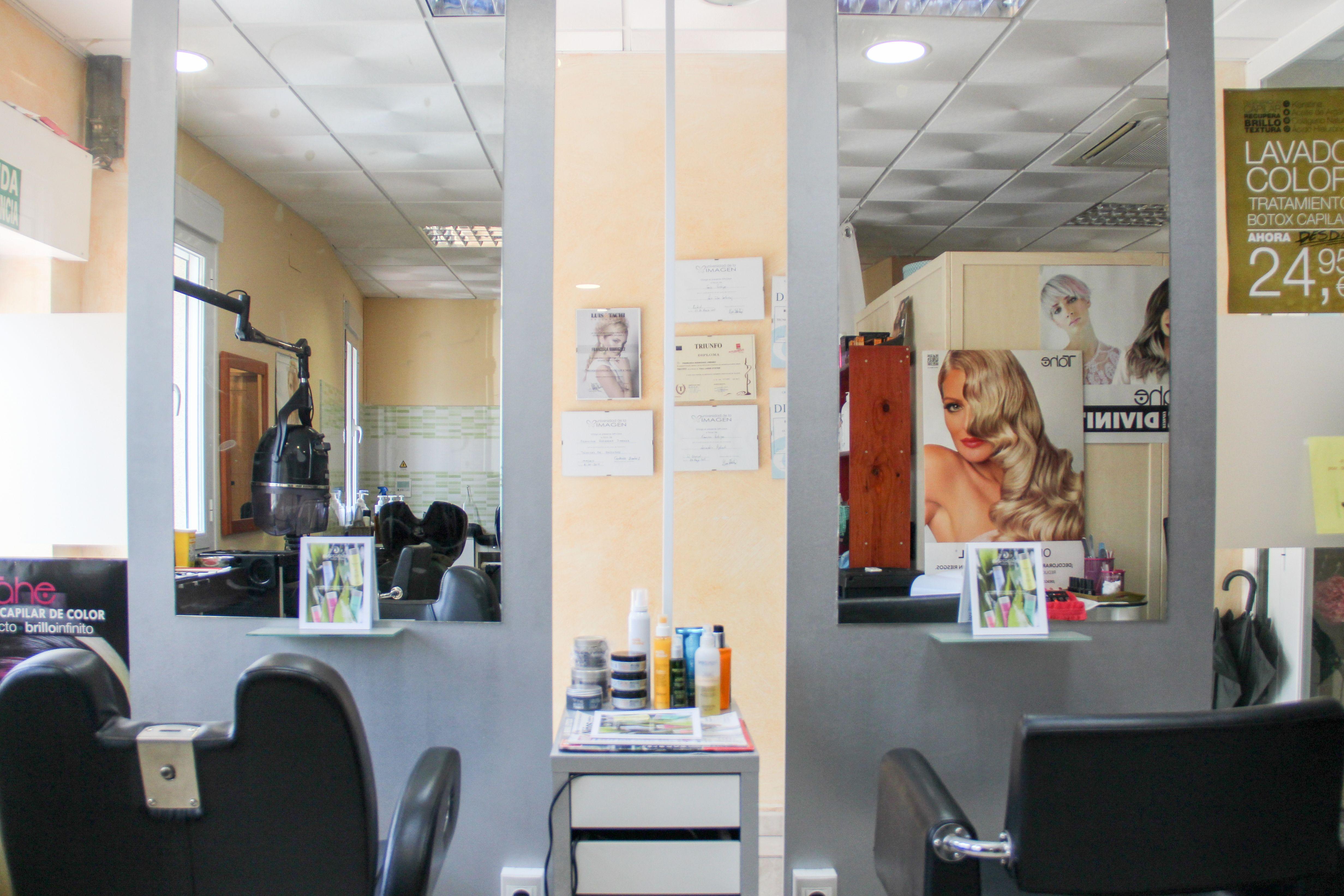 Nuestro trabajo es adaptar el color y forma del cabello de manera personal