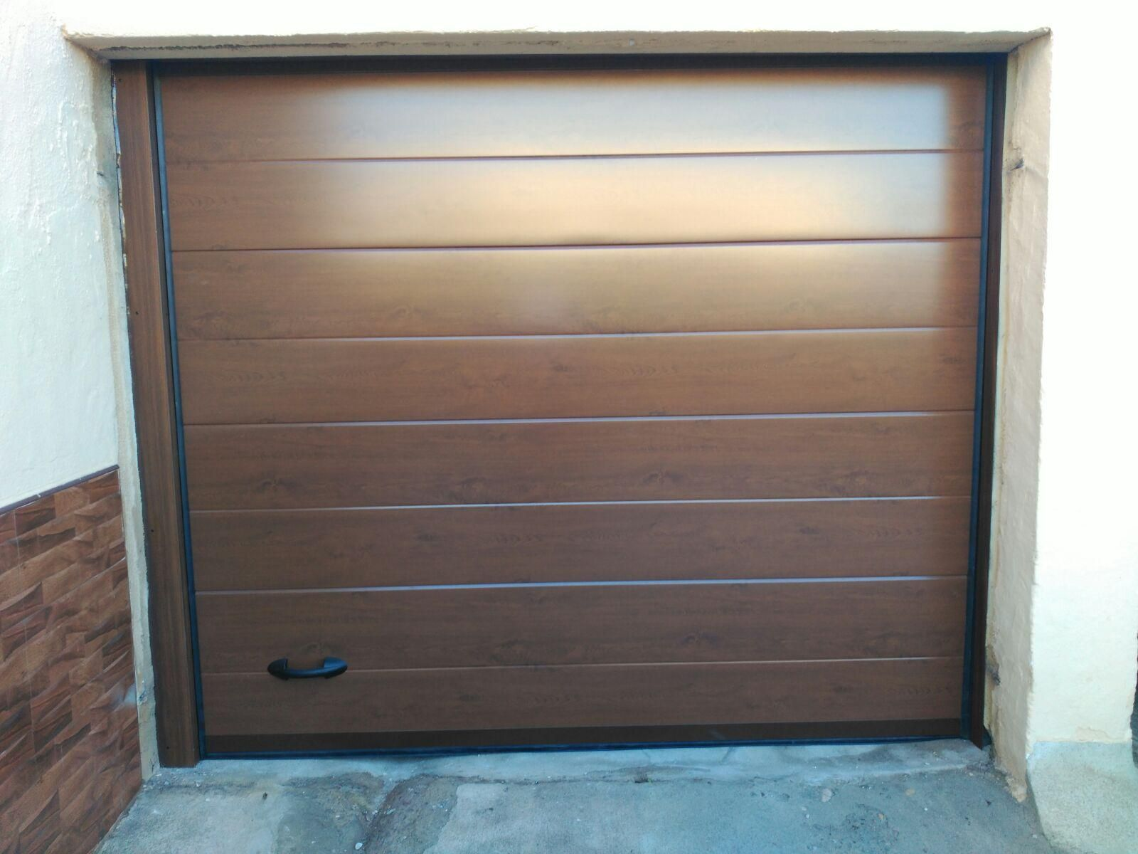 Puertas de garaje en Murcia