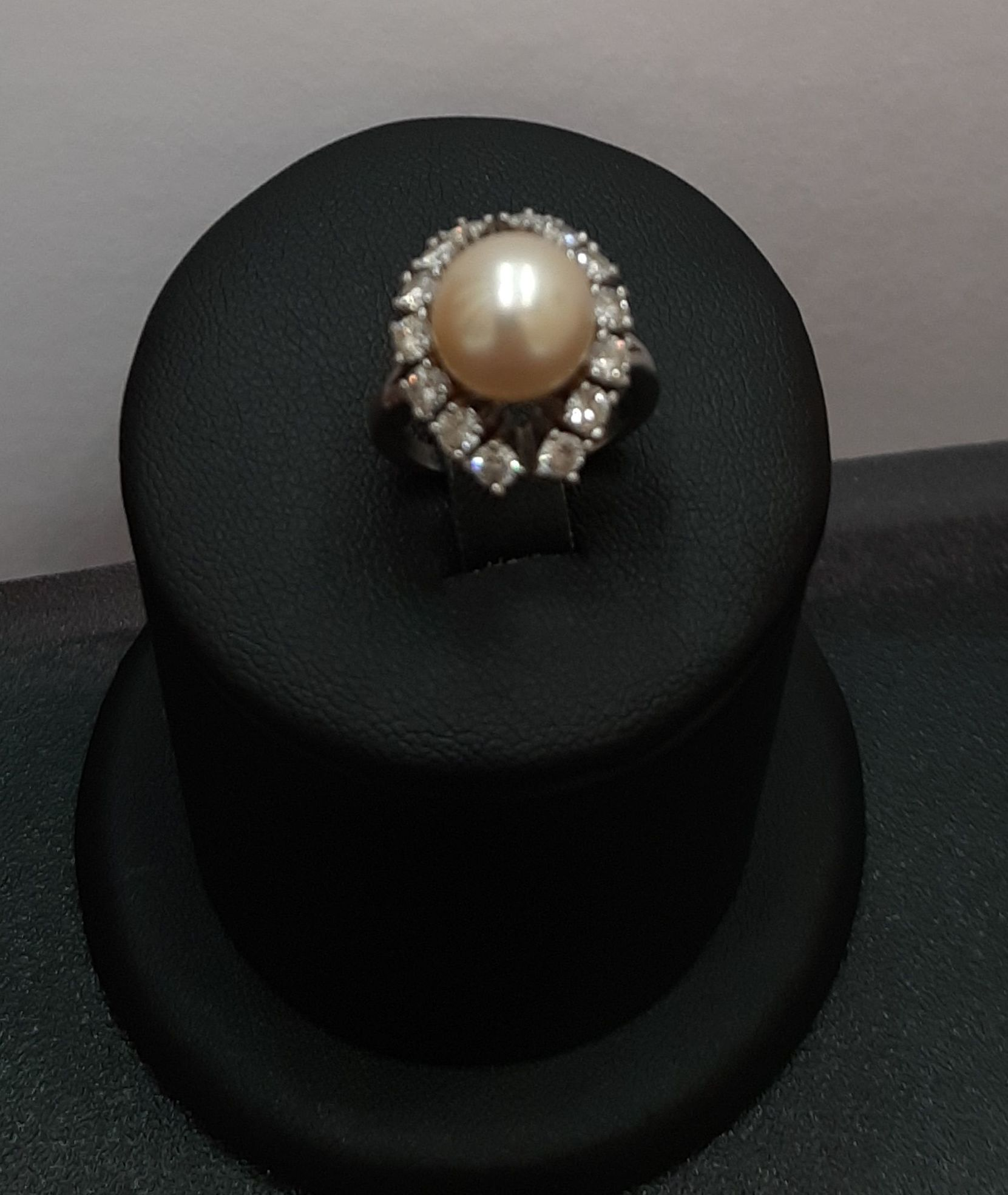 Anillo en oro blanco con diamantes y perla: Compra Venta de Oro y Plata de MR. SILVER & GOLD