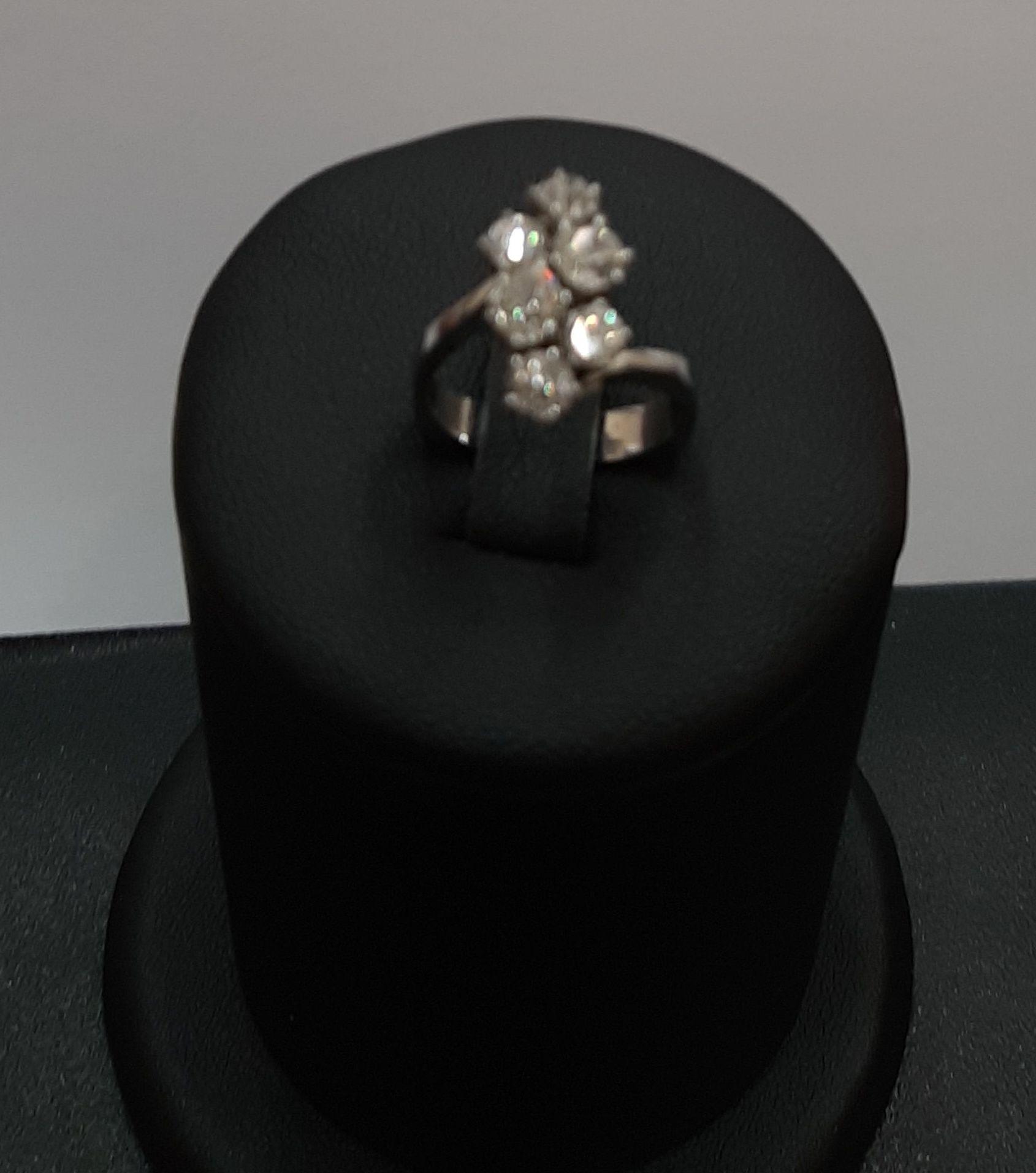 Anillo en oro blanco y diamantes: Compra Venta de Oro y Plata de MR. SILVER & GOLD