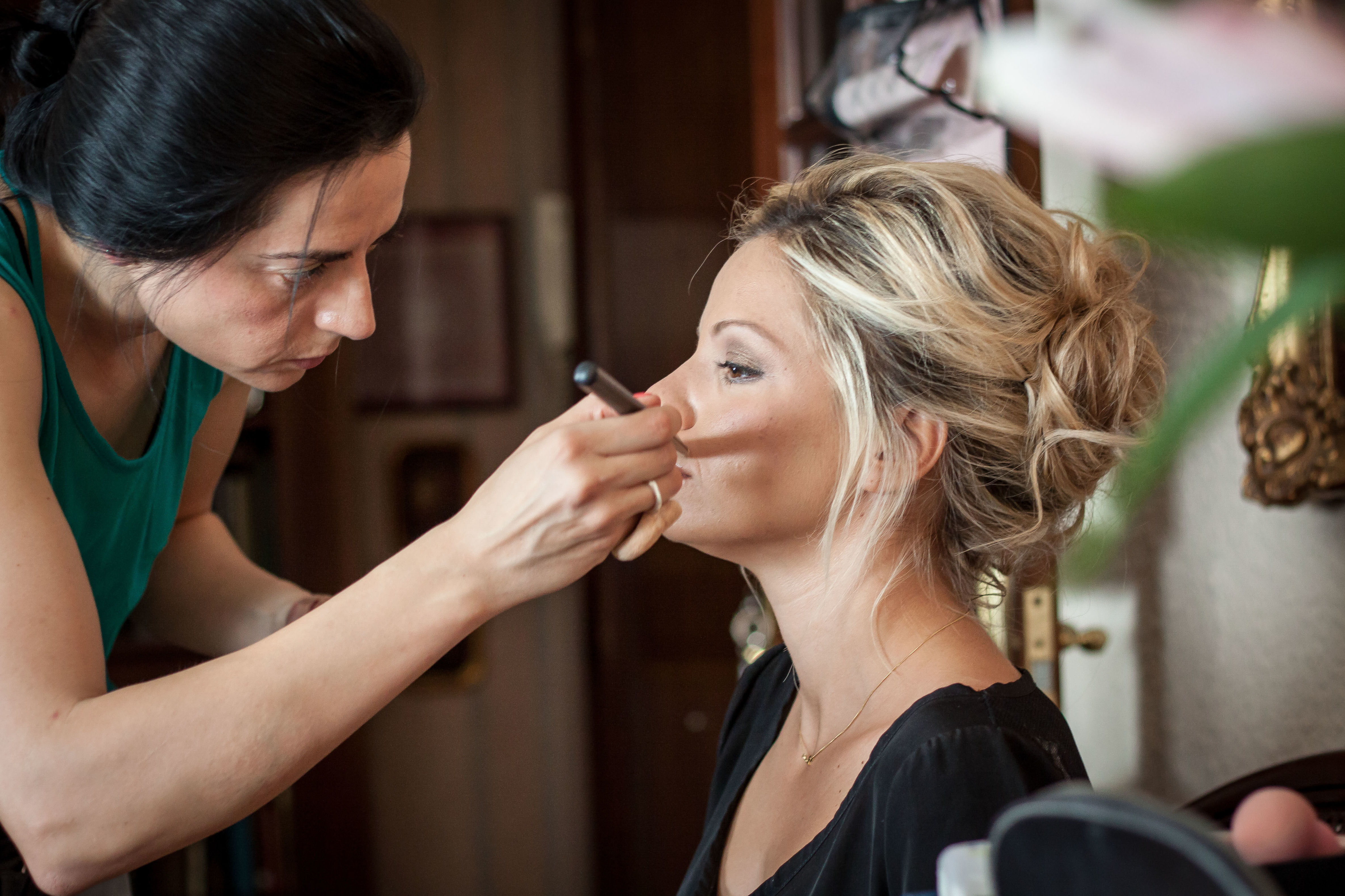 Foto 32 de Maquillaje profesional en Zaragoza | Tht maquilladora