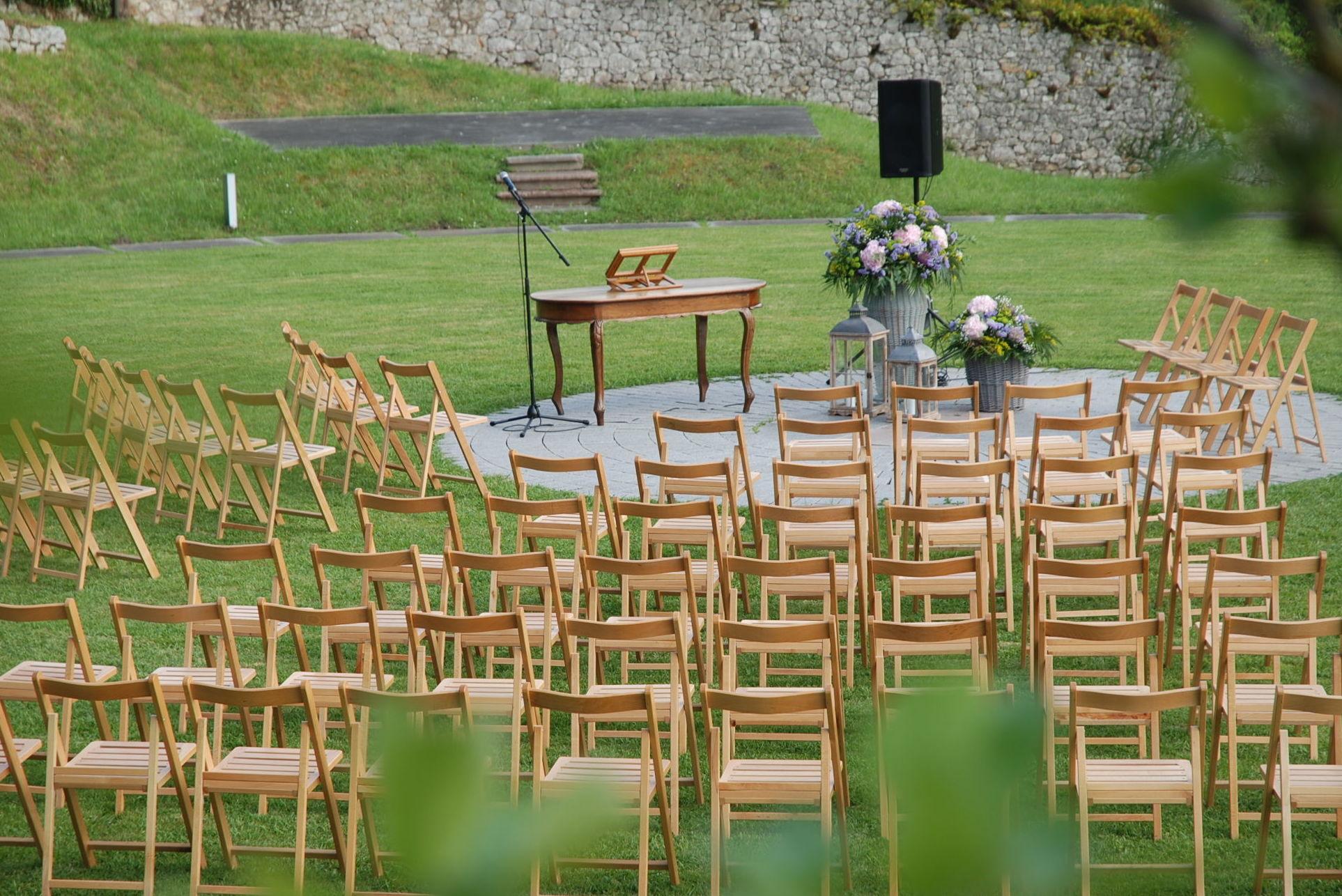 Alquiler de sillas bodas Asturias.