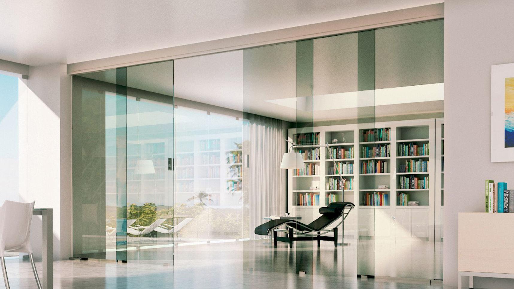 Cuatro puertas de cristal para separar espacios de vivienda