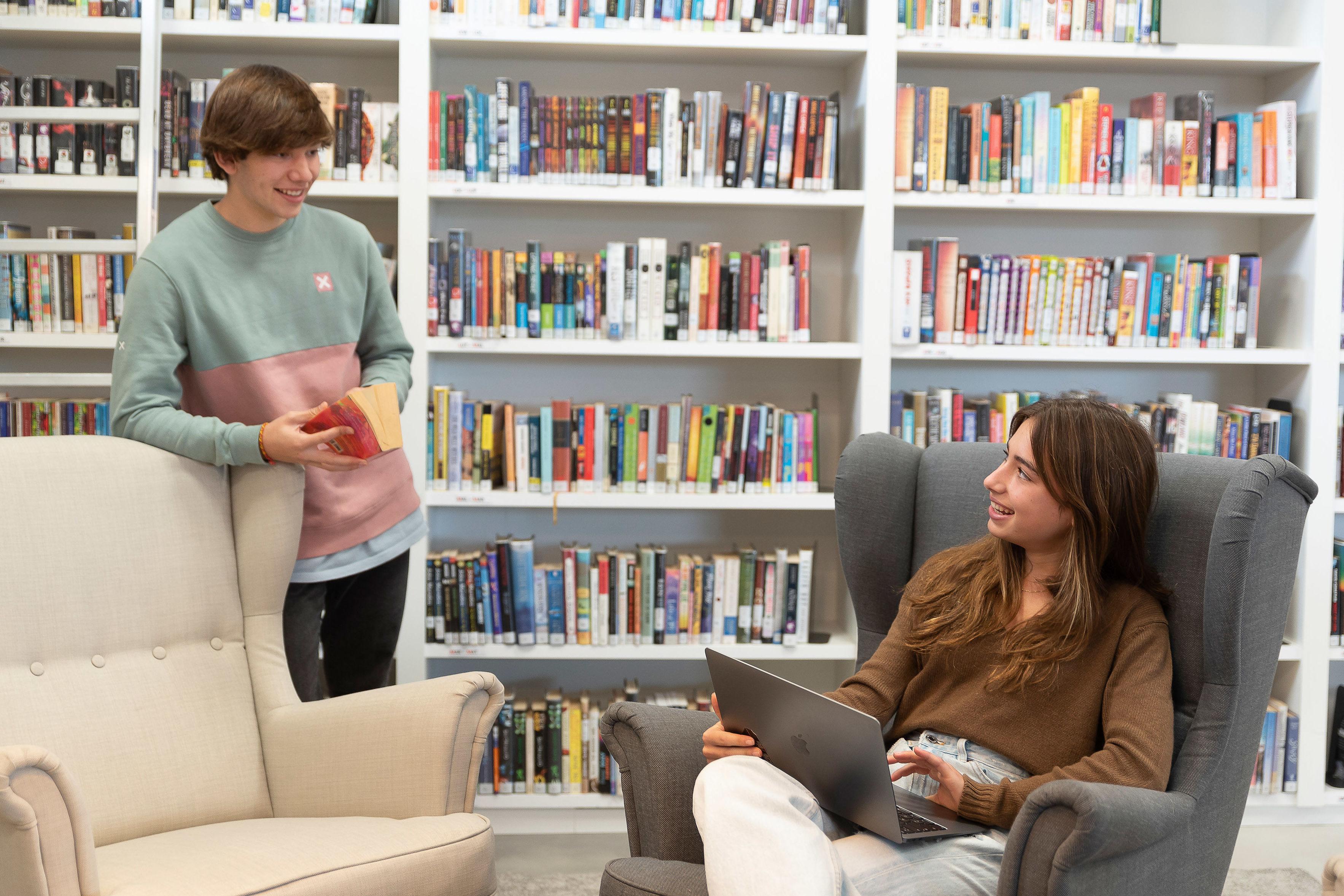 Foto 2 de Colegios privados con enseñanza totalmente en inglés en La Moraleja | International College Spain