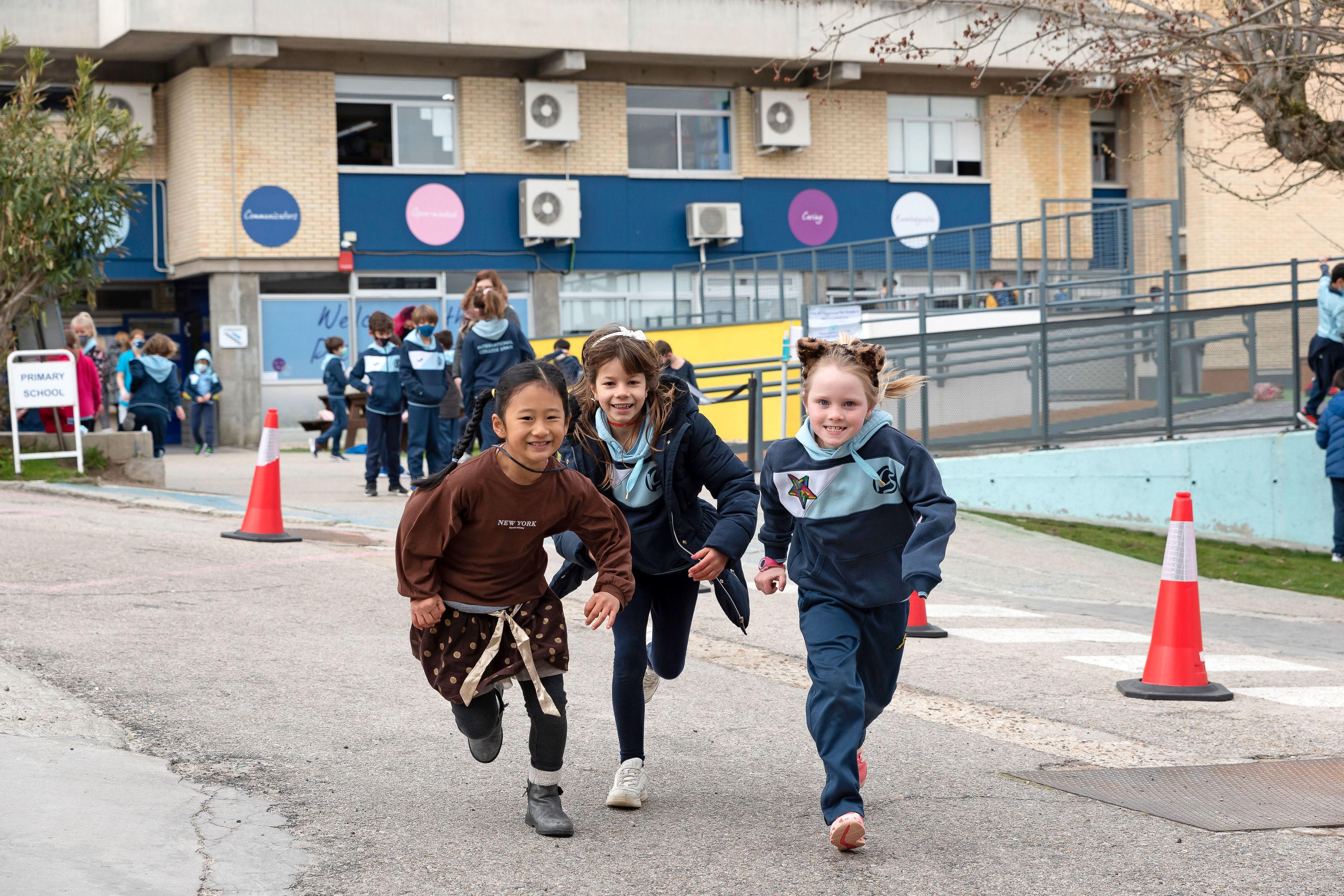 Foto 1 de Colegios privados con enseñanza totalmente en inglés en La Moraleja | International College Spain