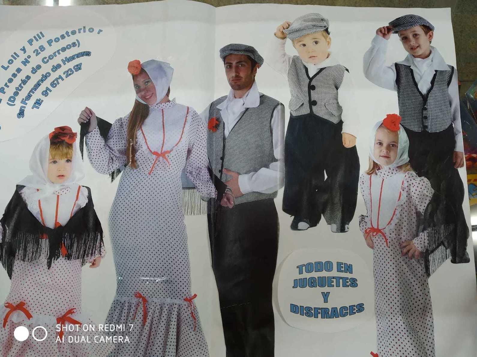Foto 2 de Disfraces en San Fernando de Henares | Loli y Pili