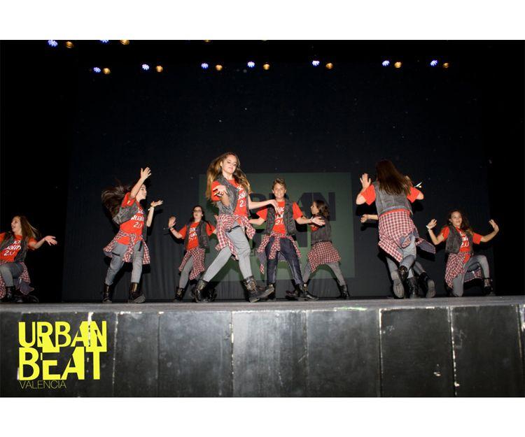 Grupo de baile para el campeonato Urban Beat