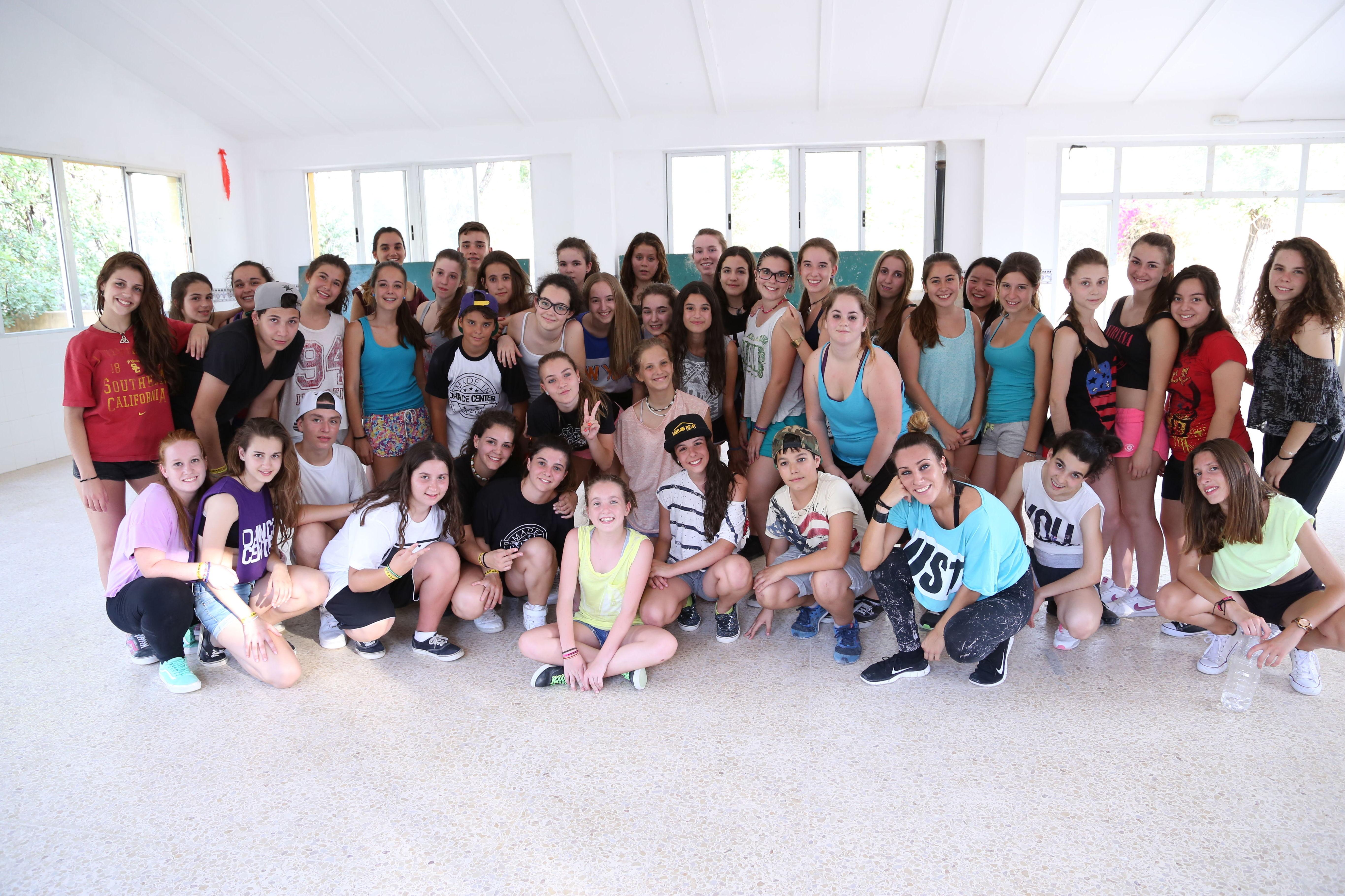 Campamento de verano junior de baile