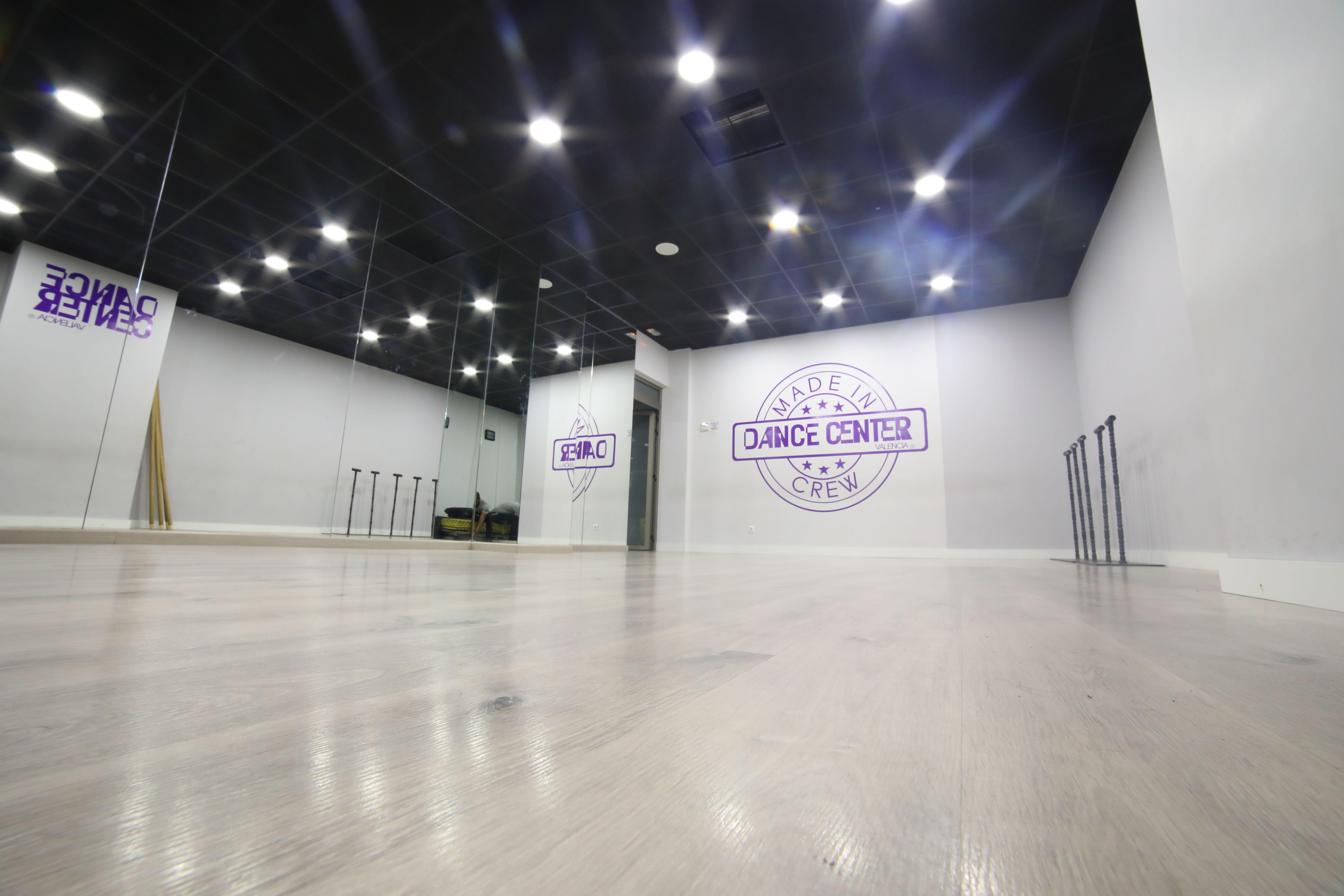 Foto 41 de Academias de bailes de salón en Valencia | Dance Center Valencia