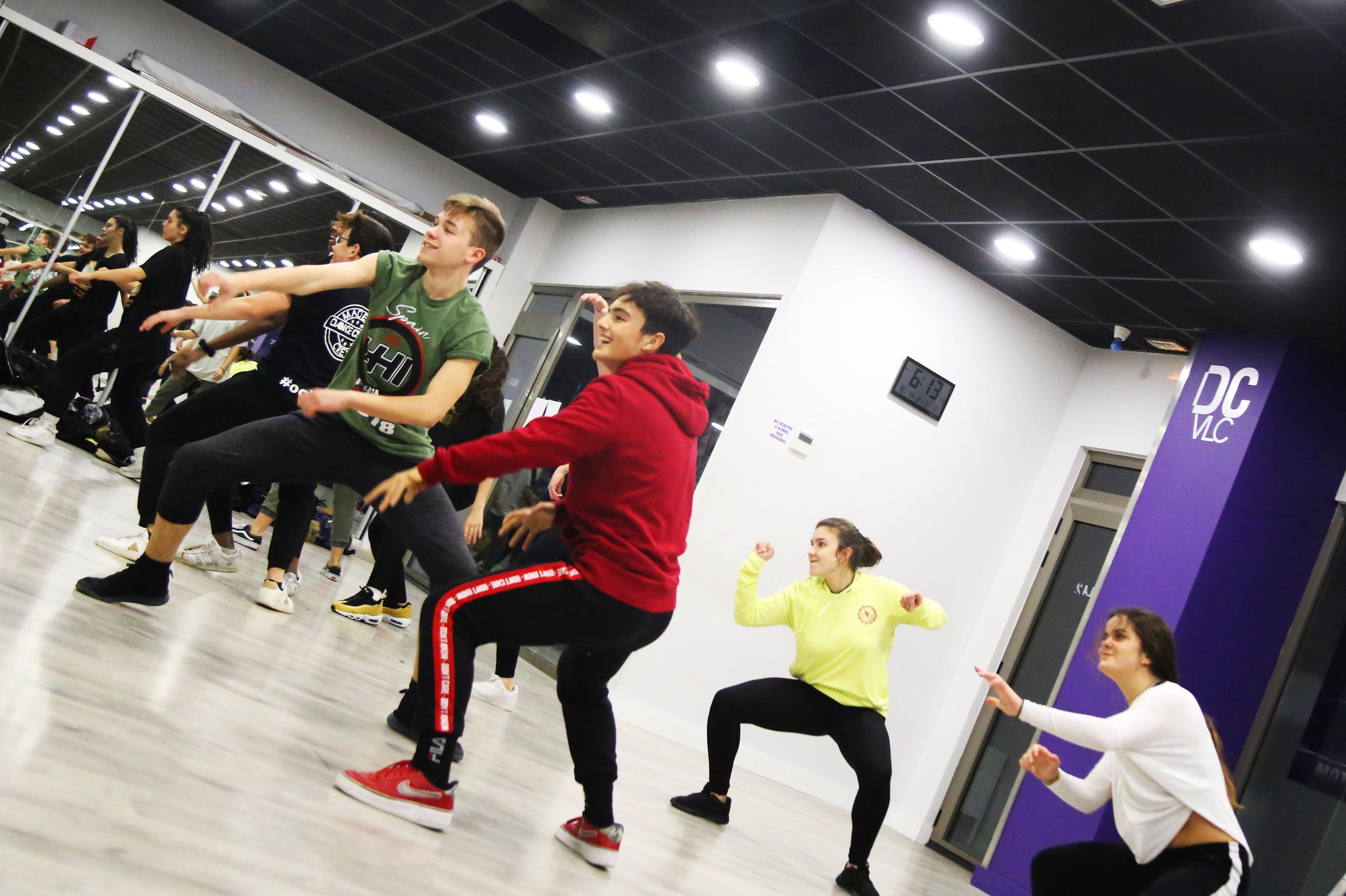 Foto 59 de Academias de bailes de salón en Valencia | Dance Center Valencia