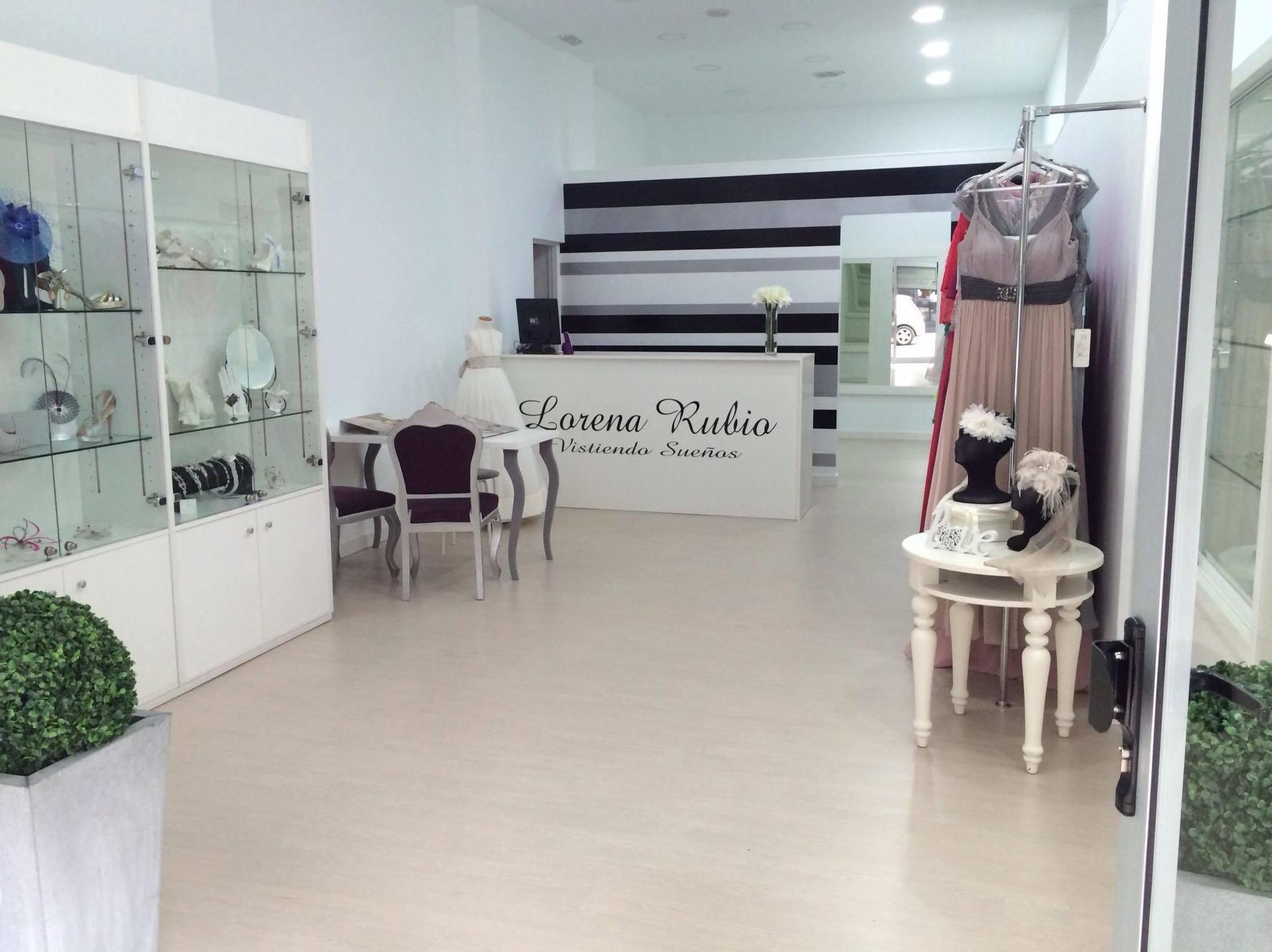 Interior de nuestra tienda de vestidos de novia en Las Palmas