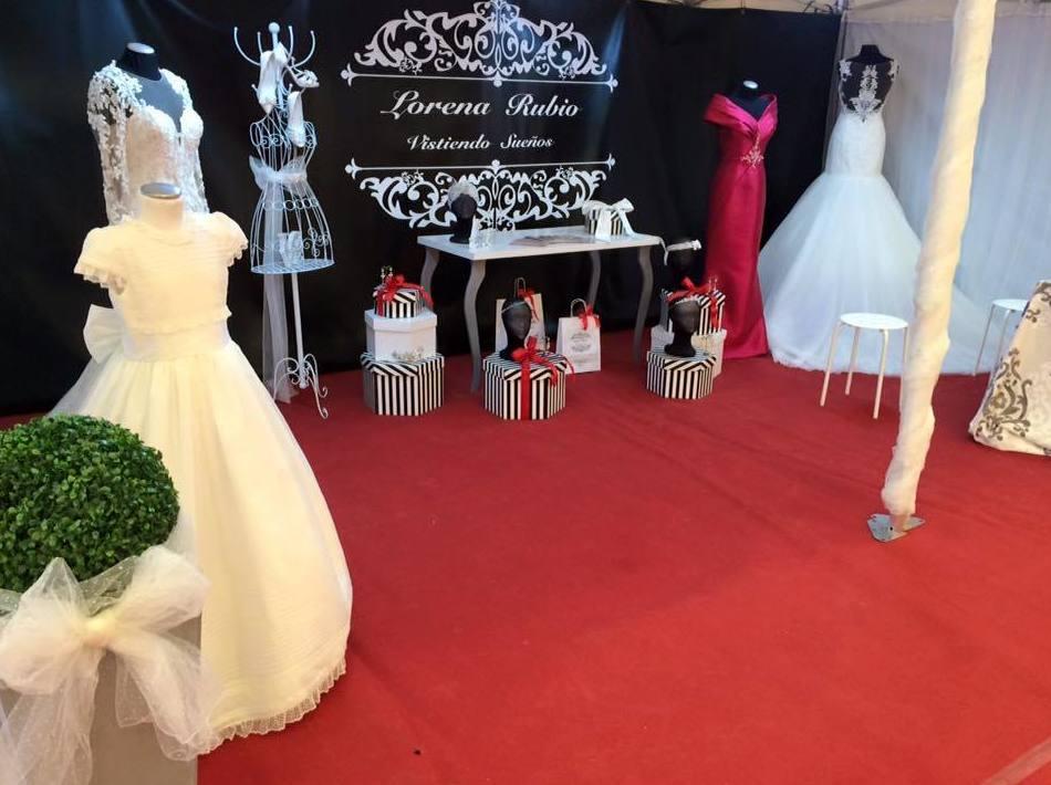 Trabajamos con todas las marcas de vestidos de novia y comunión