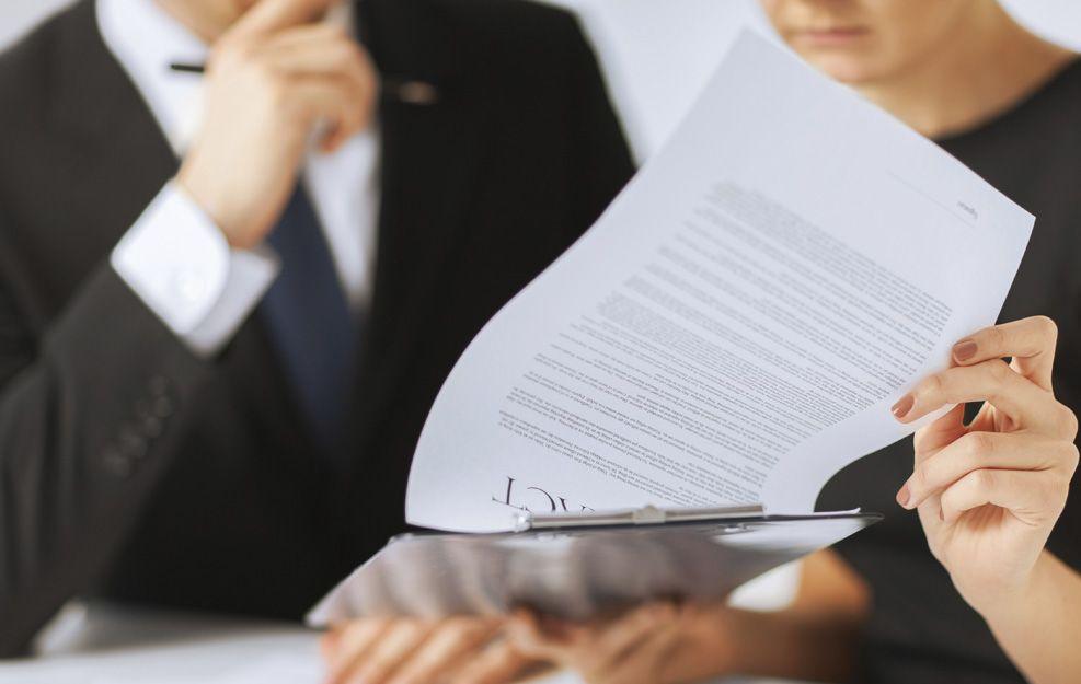 Mediadora civil y mercantil entre personas físicas y jurídicas