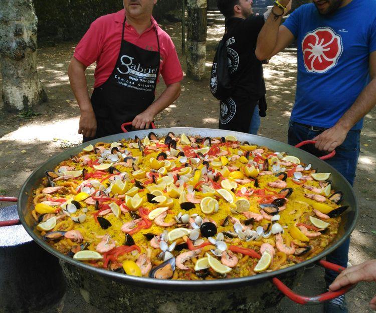 Especialistas en comidas gigantes en Salamanca