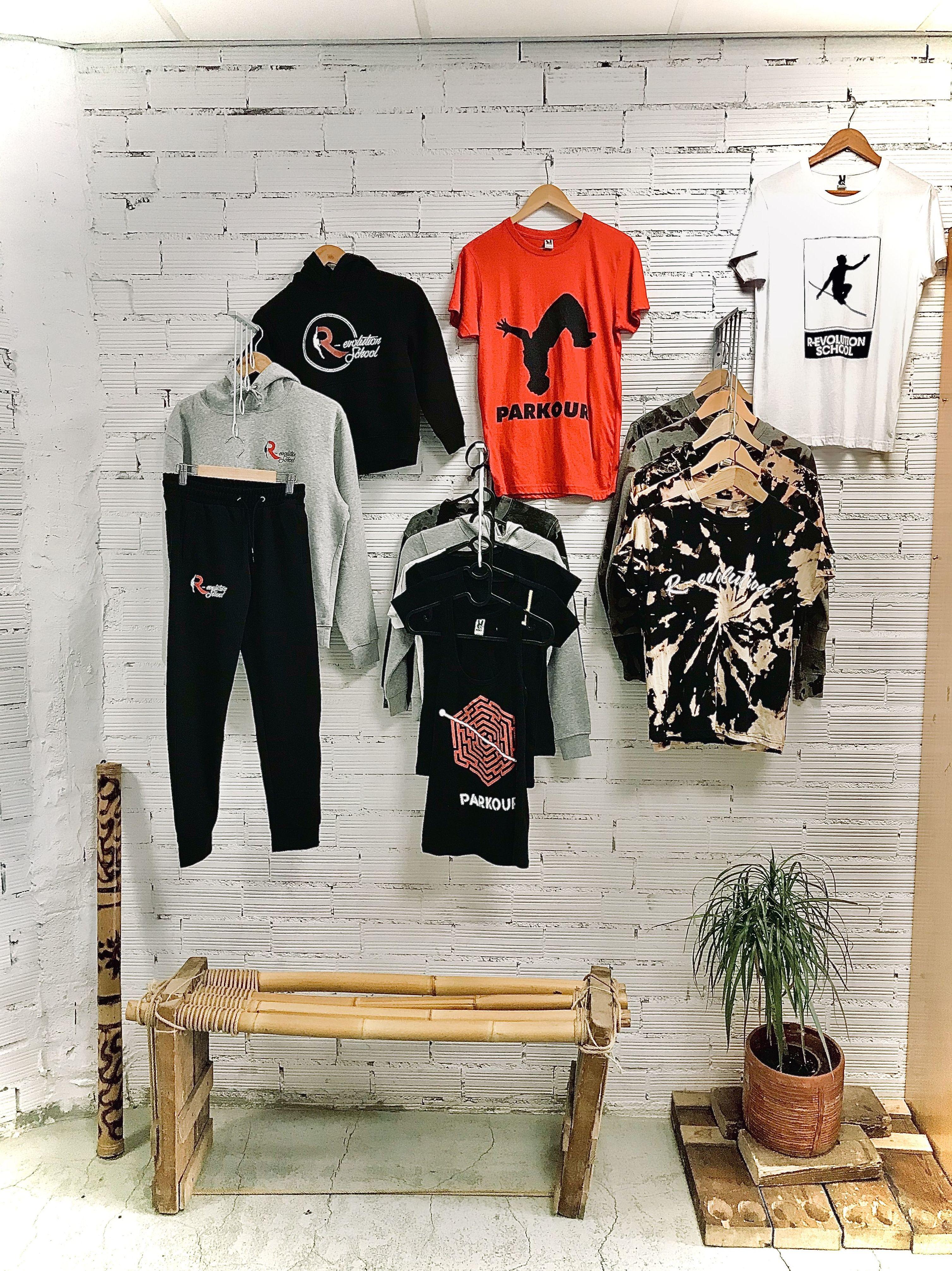 Venta de ropa de parkour:  de R-evolution School