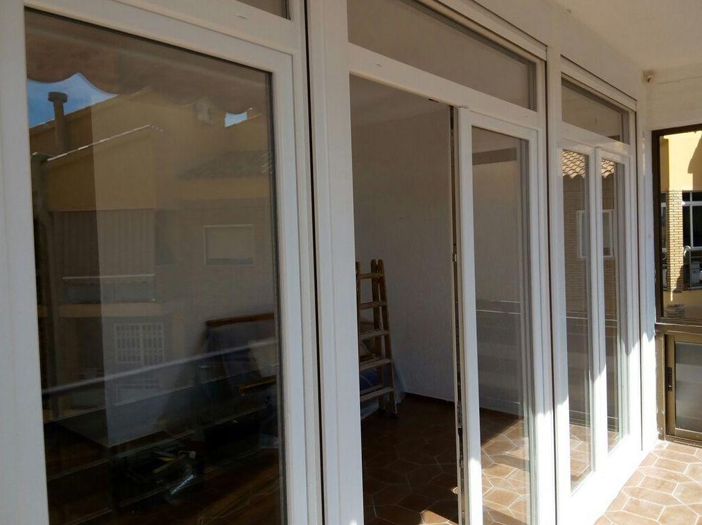 Cerramientos y ventanas de PVC en Almería