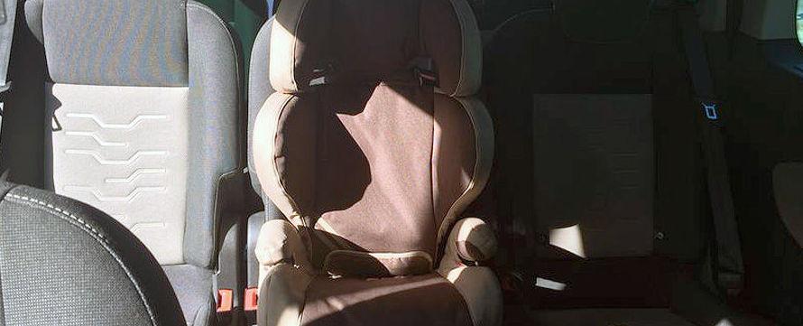 Vehículos dotados de asientos de seguridad infantil
