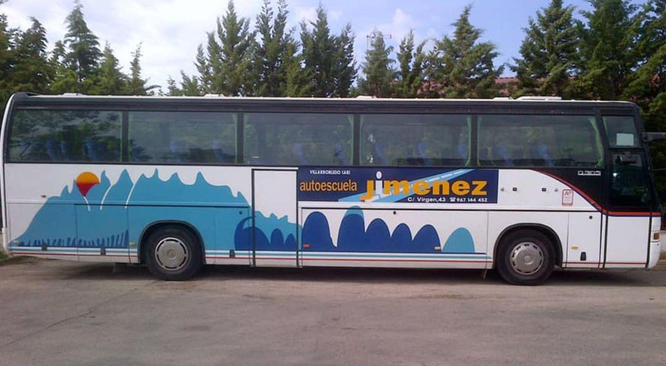 Permiso de conducir autocares en Villarobledo