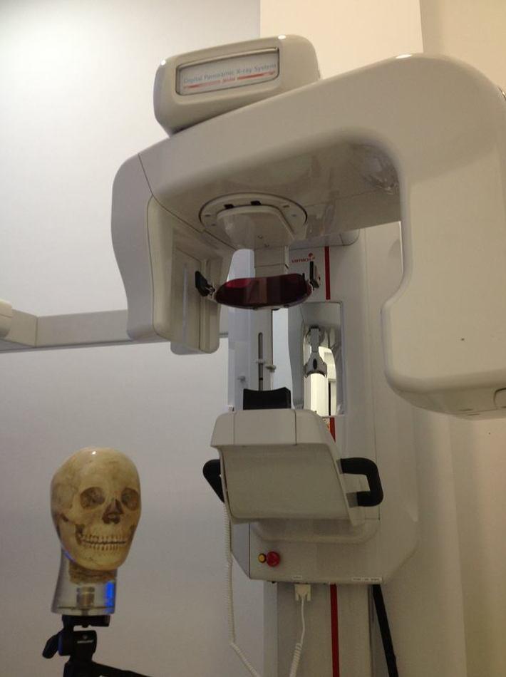 Tratamiento de periodontitis en Odontofamily XXI