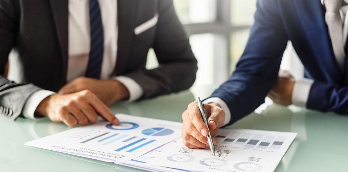 Gestión de empresas y asesoramiento a autónomos