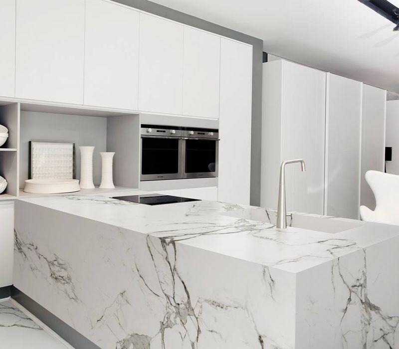 Encimeras de mármol para cocinas de muchos estilos