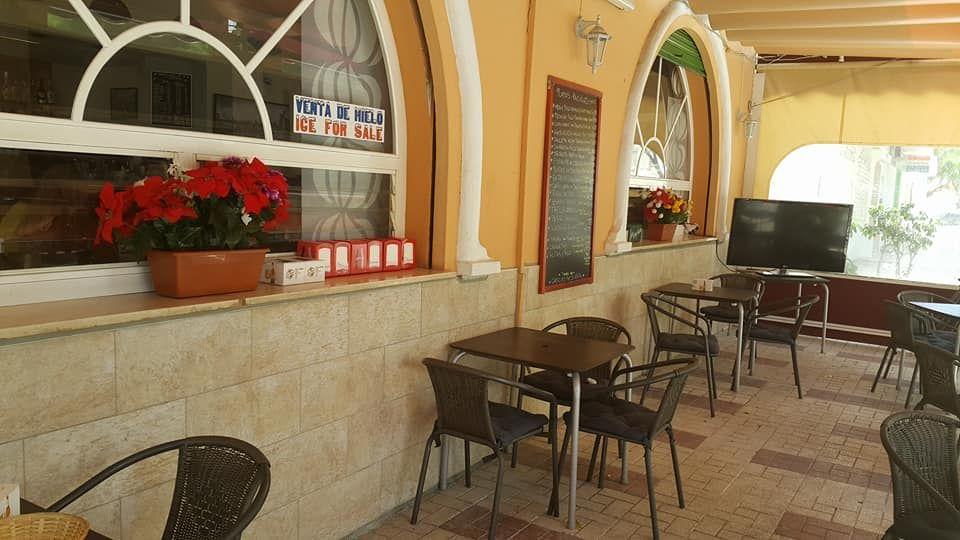 Restaurante con terraza en Torremolinos