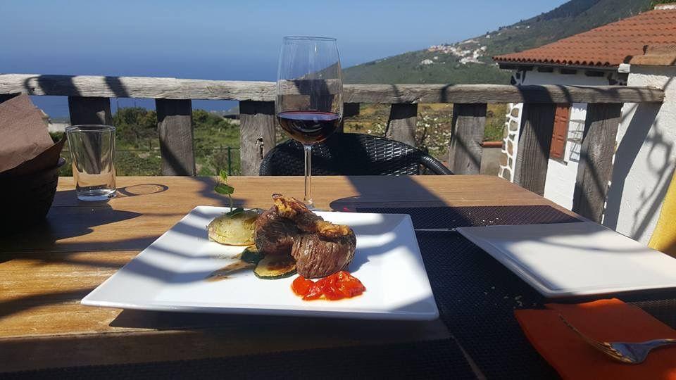 Restaurante especializado en carne en La Orotova